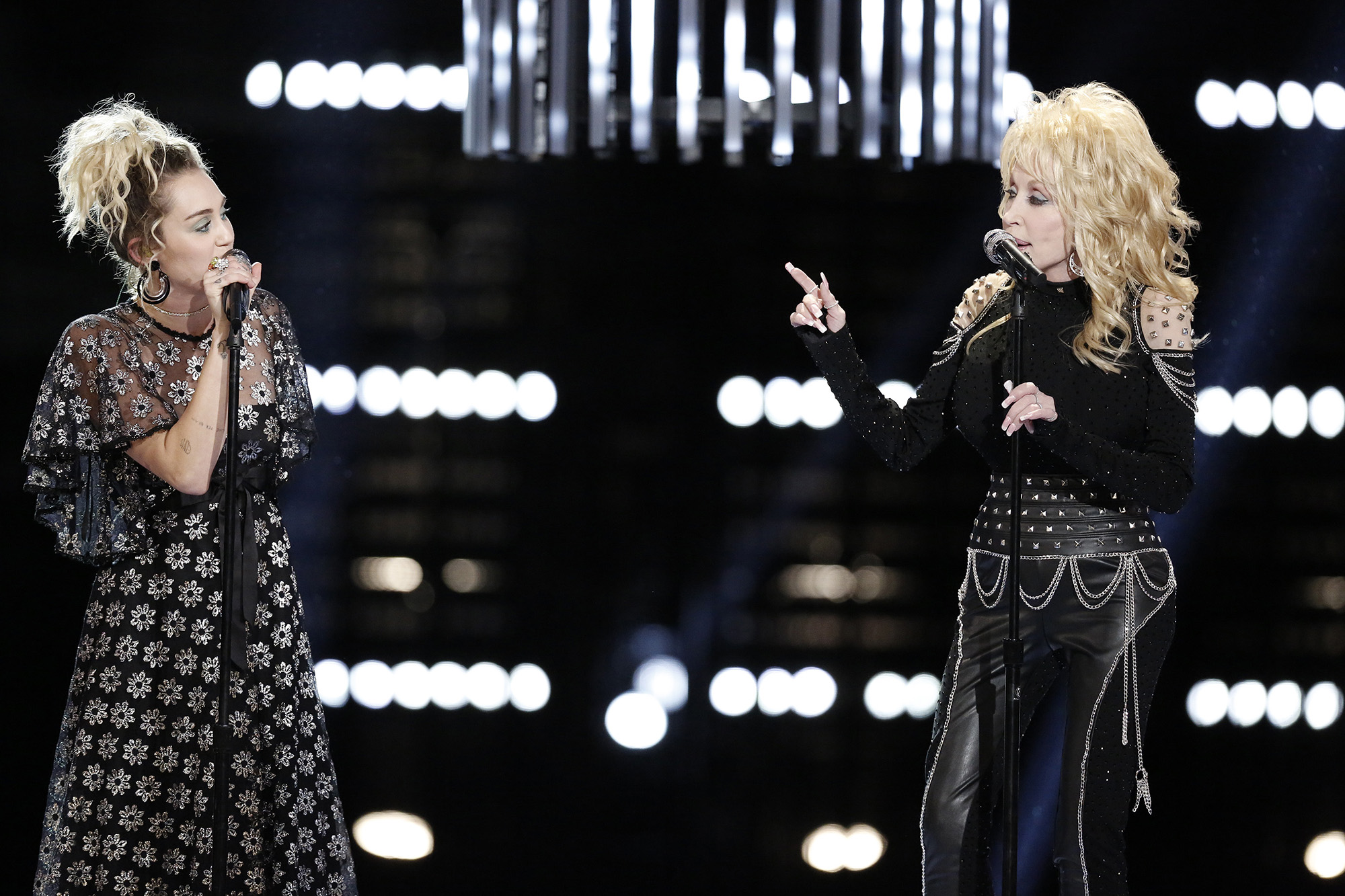 Miley Cyrus, Dolly Parton -- (Photo by: Tyler Golden/NBC/NBCU Photo Bank via Getty Images)