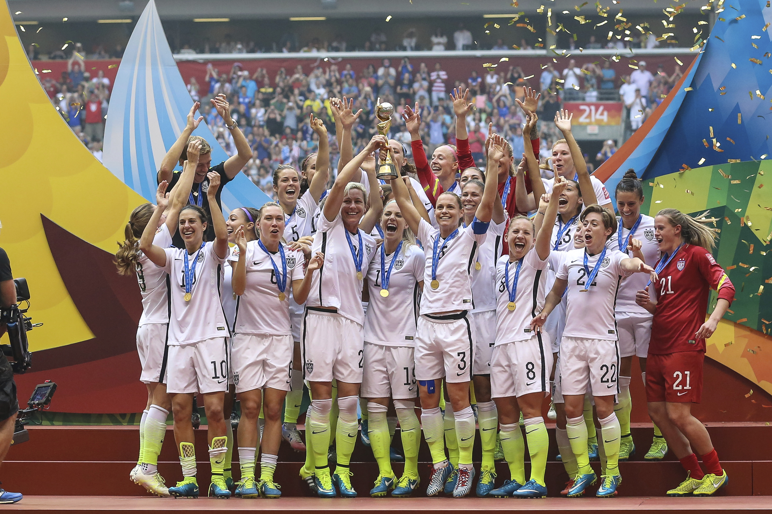 Players of USA celebrate their victory during the FIFA Women's World Cup 2015 Final between USA and Japan at BC Place Stadium on July 05, 2015 in Vancouver, Canada.