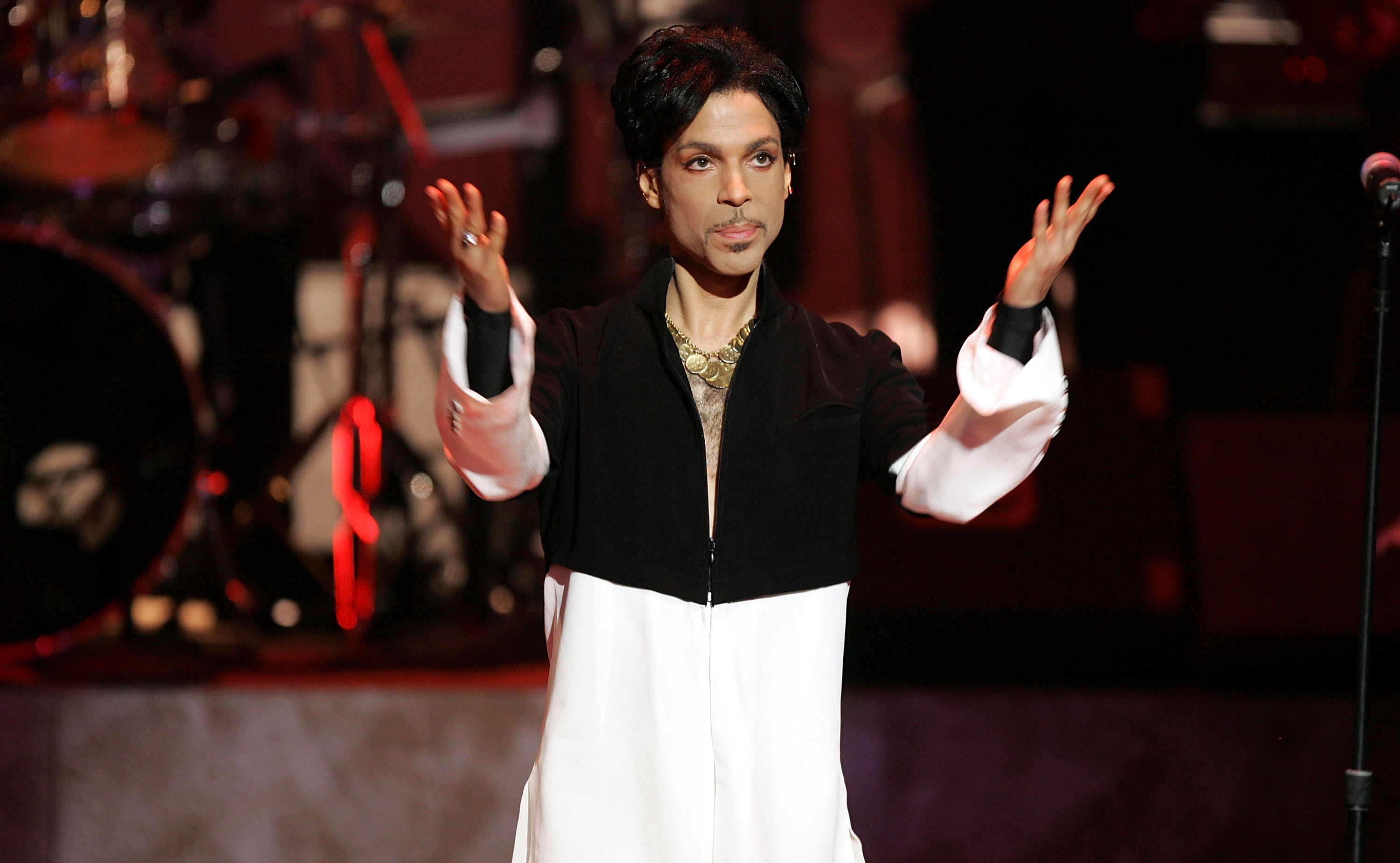 The estate of late singer Prince has filed a federal lawsuit against Jay-Z's entertainment company Roc Nation.