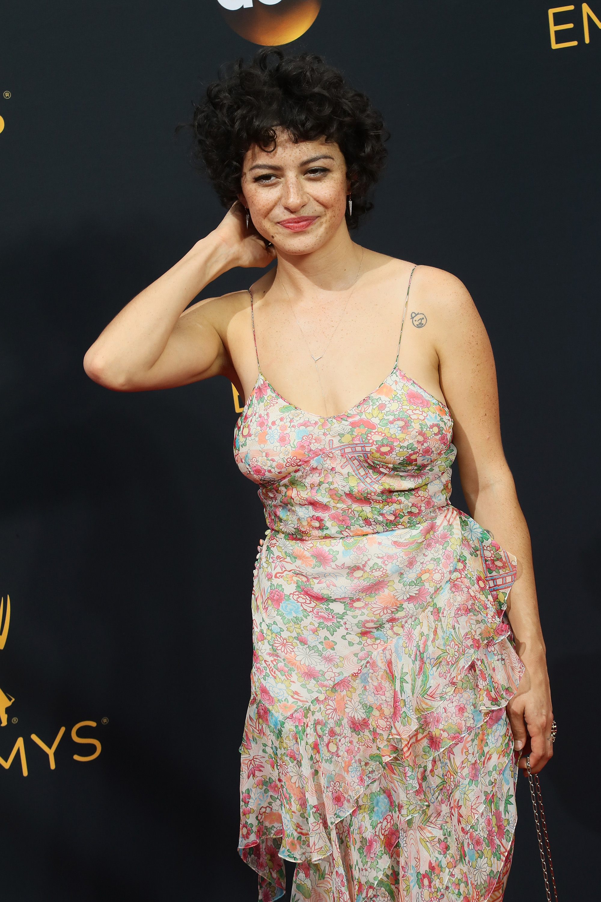 Actor Alia Shawkat arrives at the 68th Annual Primetime Emmy Awards on September 18, 2016 in Los Angeles, California. (Photo by David Livingston/Getty Images)