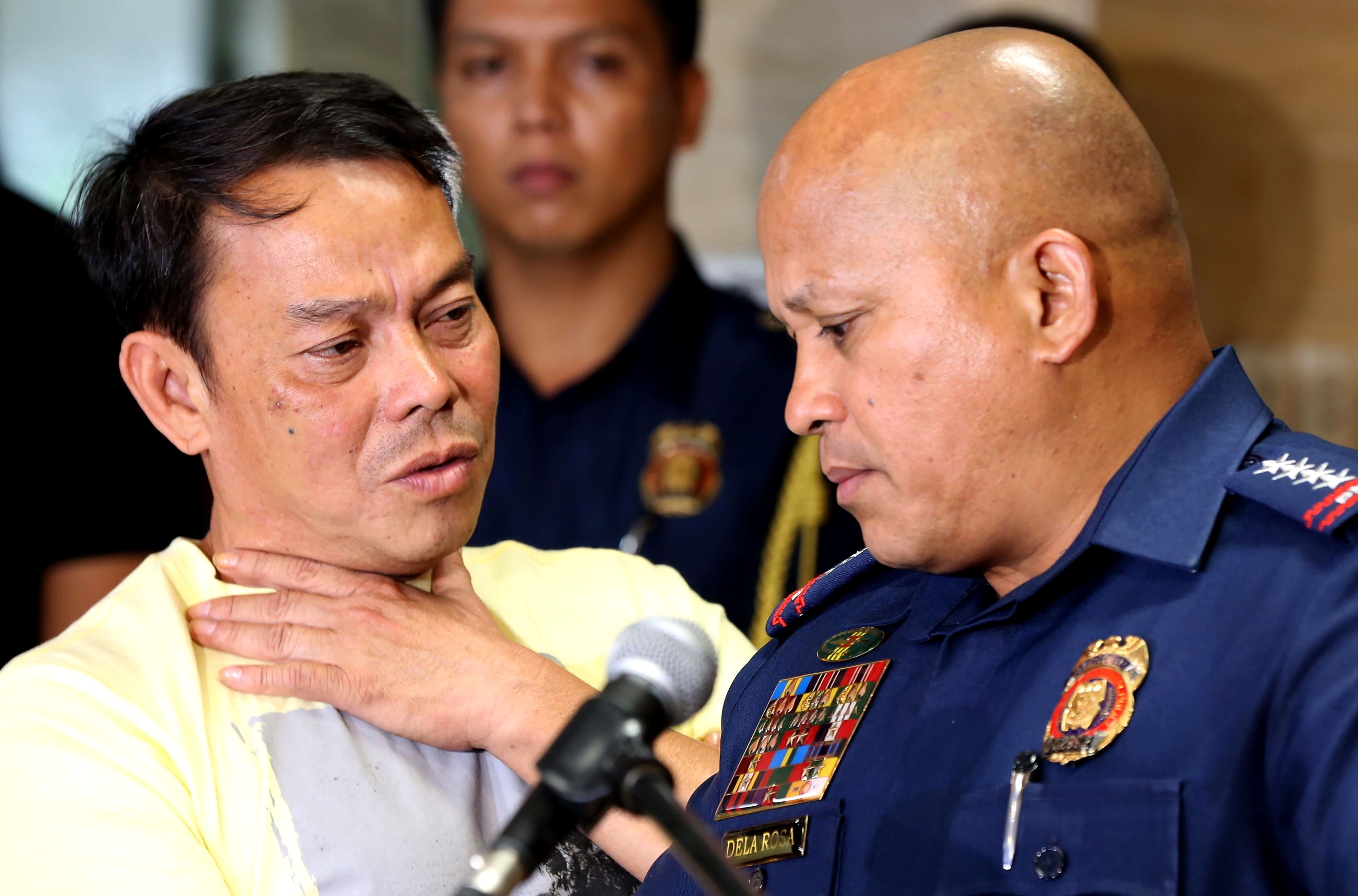 IN a photo taken on Aug. 2, 2016, Albuera Mayor Ronaldo Espinosa, left, talking to Philippine National Police chief Ronald dela Rosa at Camp Crame in Manila