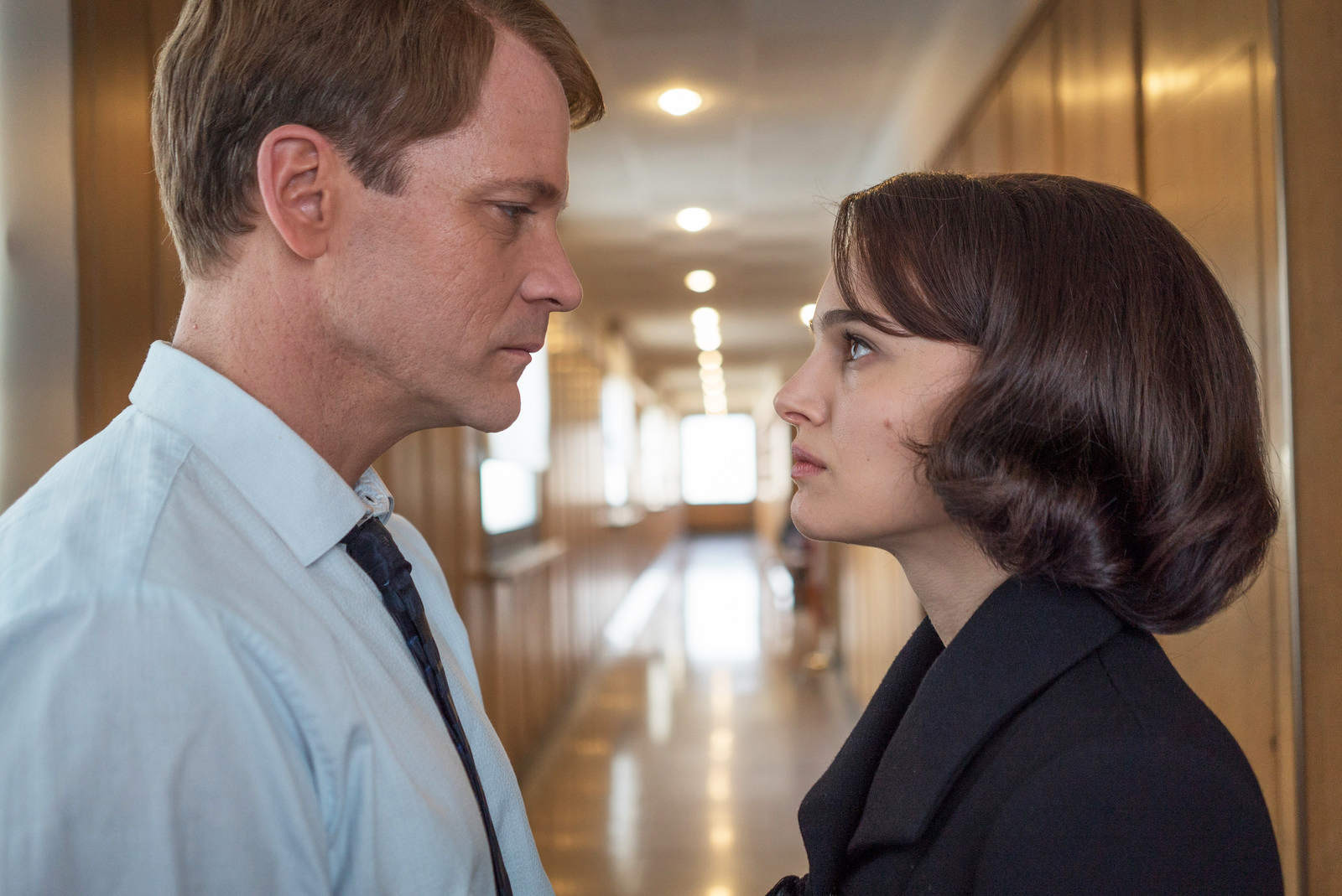 Peter Sarsgaard as Bobby Kennedy and Natalie Portman as Jackie Kennedy.