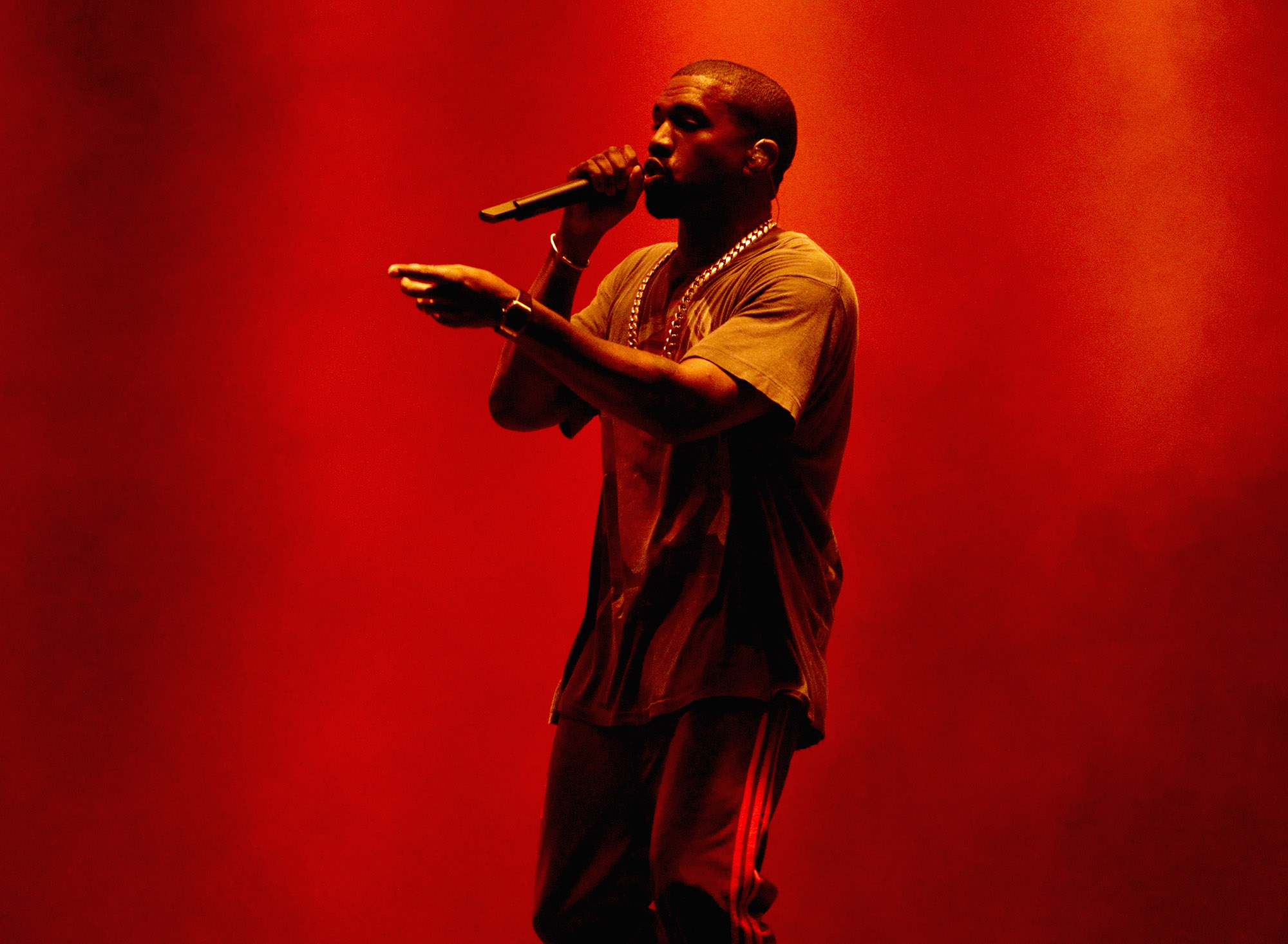 Kanye West performs onstage during The Meadows Music & Arts Festival Day 2 on October 2, 2016 in Queens, New York.  (Photo by Taylor Hill/Getty Images for The Meadows)