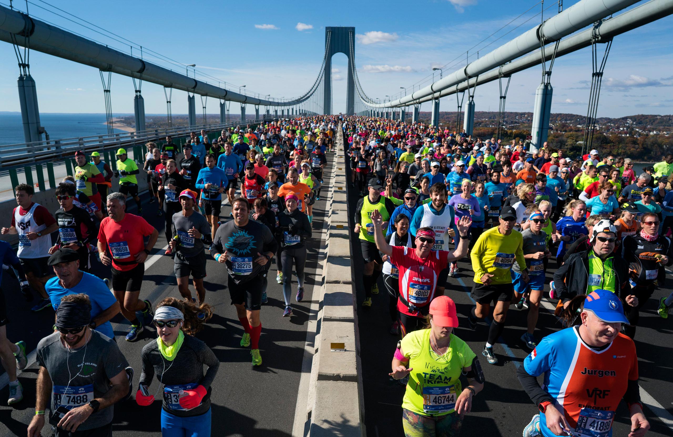 Runners cross the Verrazano-Narrows Bridge during the New York City Marathon in New York on Nov. 6, 2016