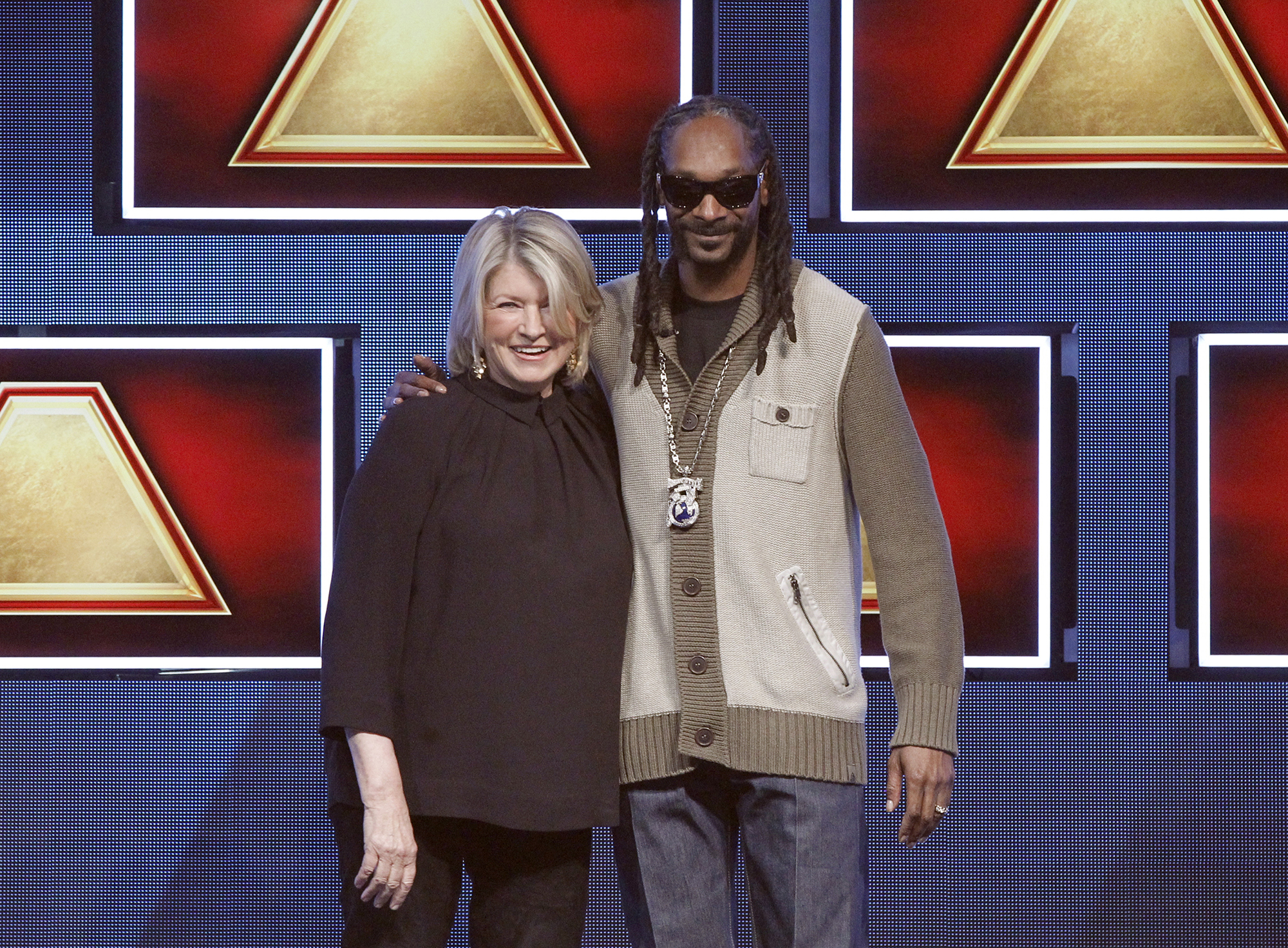 Martha Stewart and Snoop Dogg appear on ABC's  $100,000 Pyramid.   (ABC/ Lou Rocco)  MARTHA STEWART, SNOOP DOGG