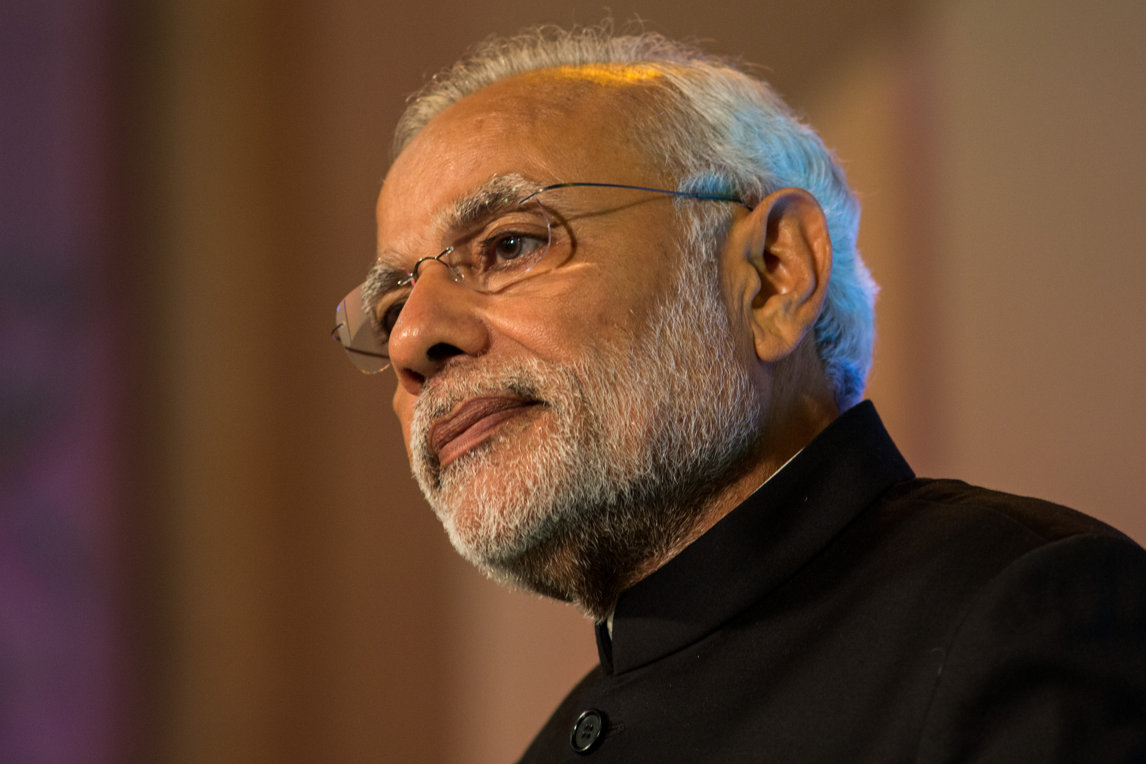 Narendra Modi addresses industry leaders at Guildhall, in London, on Nov. 12, 2015.