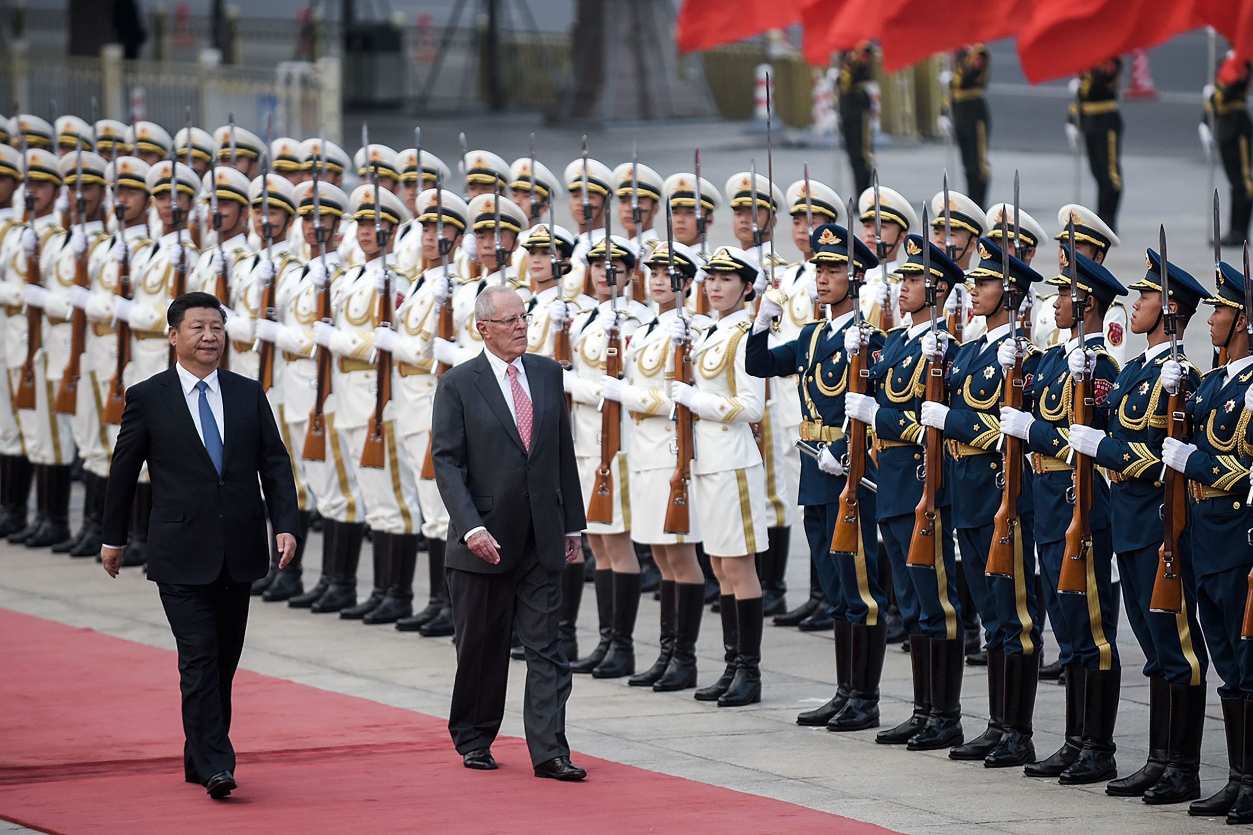 Peruvian President Pedro Pablo Kuczynski, right, joined Chinese President Xi Jinping for a welcoming ceremony in Beijing on Sept.13