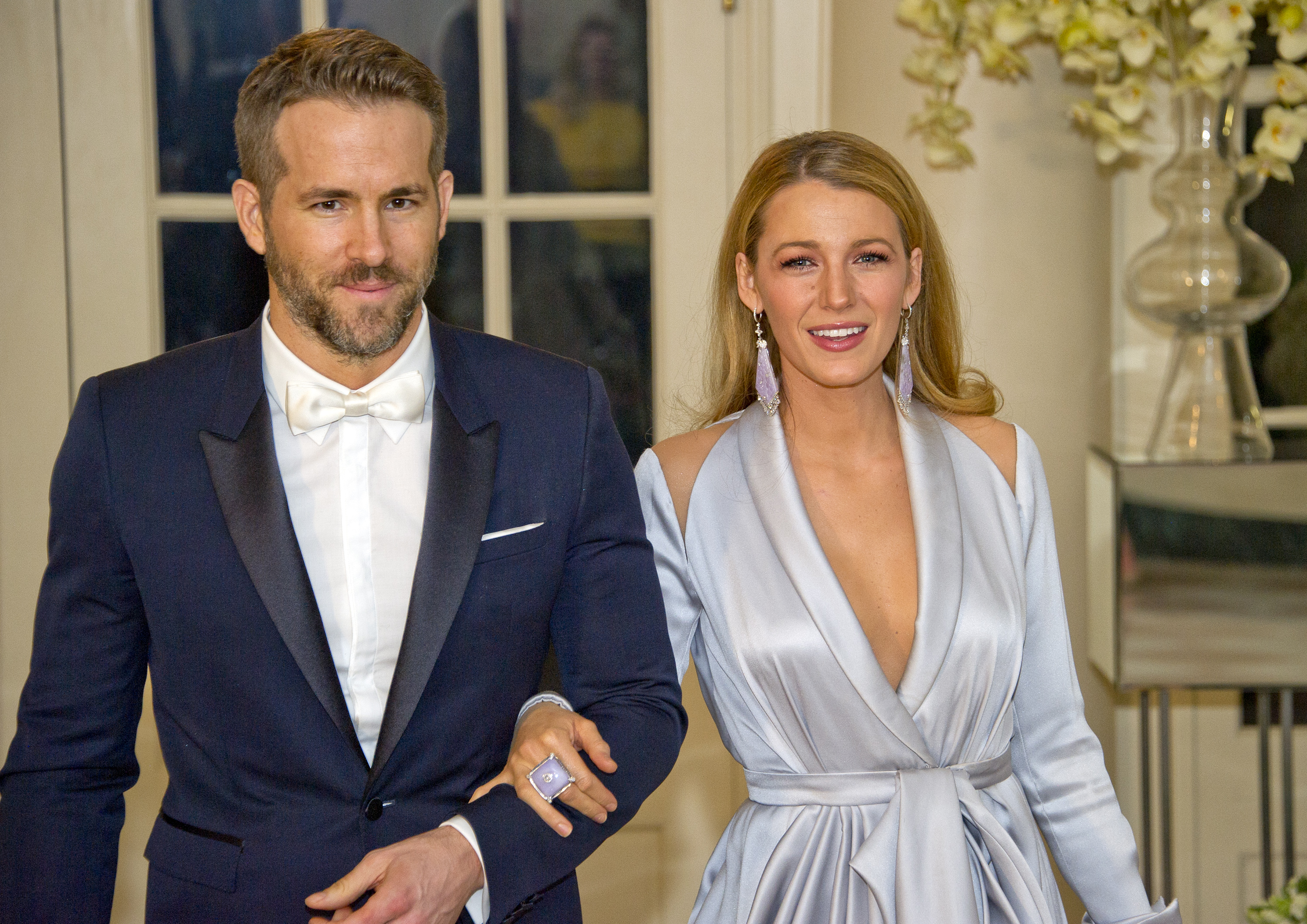 Actors Ryan Reynolds and Blake Lively arrive for the State Dinner in honor of Prime Minister Trudeau and Mrs. Sophie Trudeau of Canada at the White House March 10, 2016 in Washington, DC.