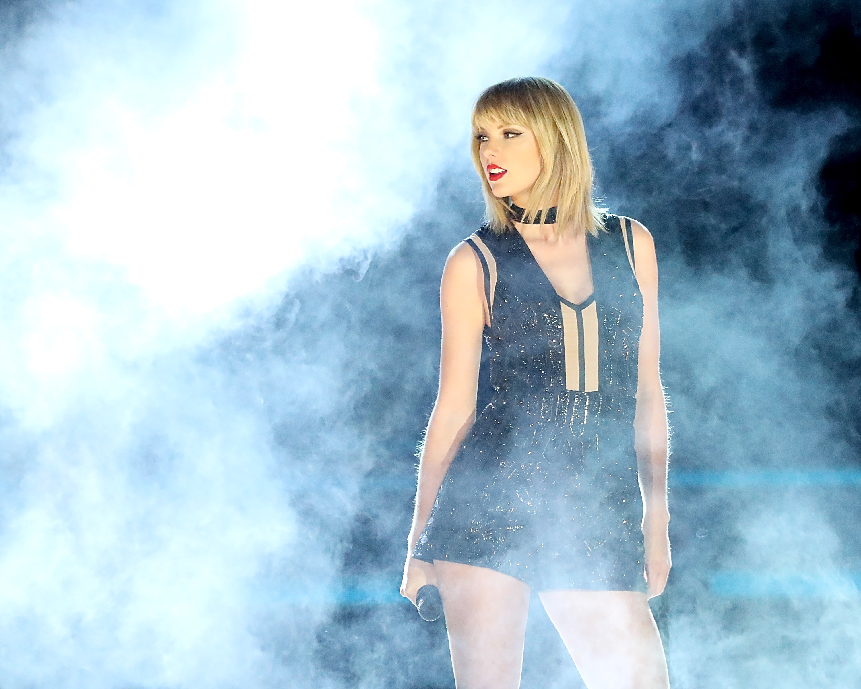 Taylor Swift performs her only full concert of 2016 during the Formula 1 United States Grand Prix at Circuit of The Americas on October 22, 2016 in Austin, Texas.