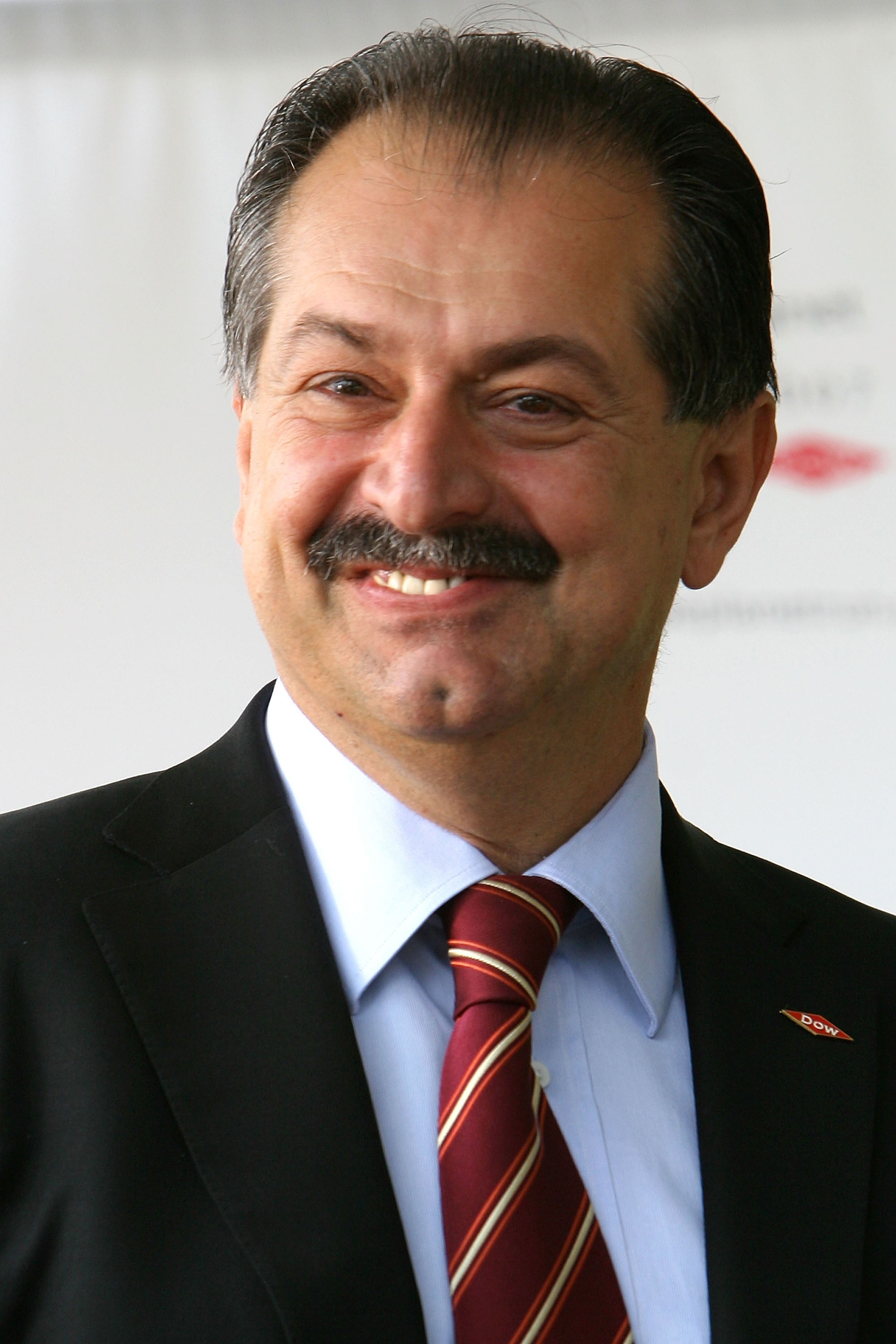 CEO of Dow Chemical Company Andrew Liveris attends the opening ceremonies for the 2007 Blue Planet Run at The United Nations on June 01, 2007 in New York City.