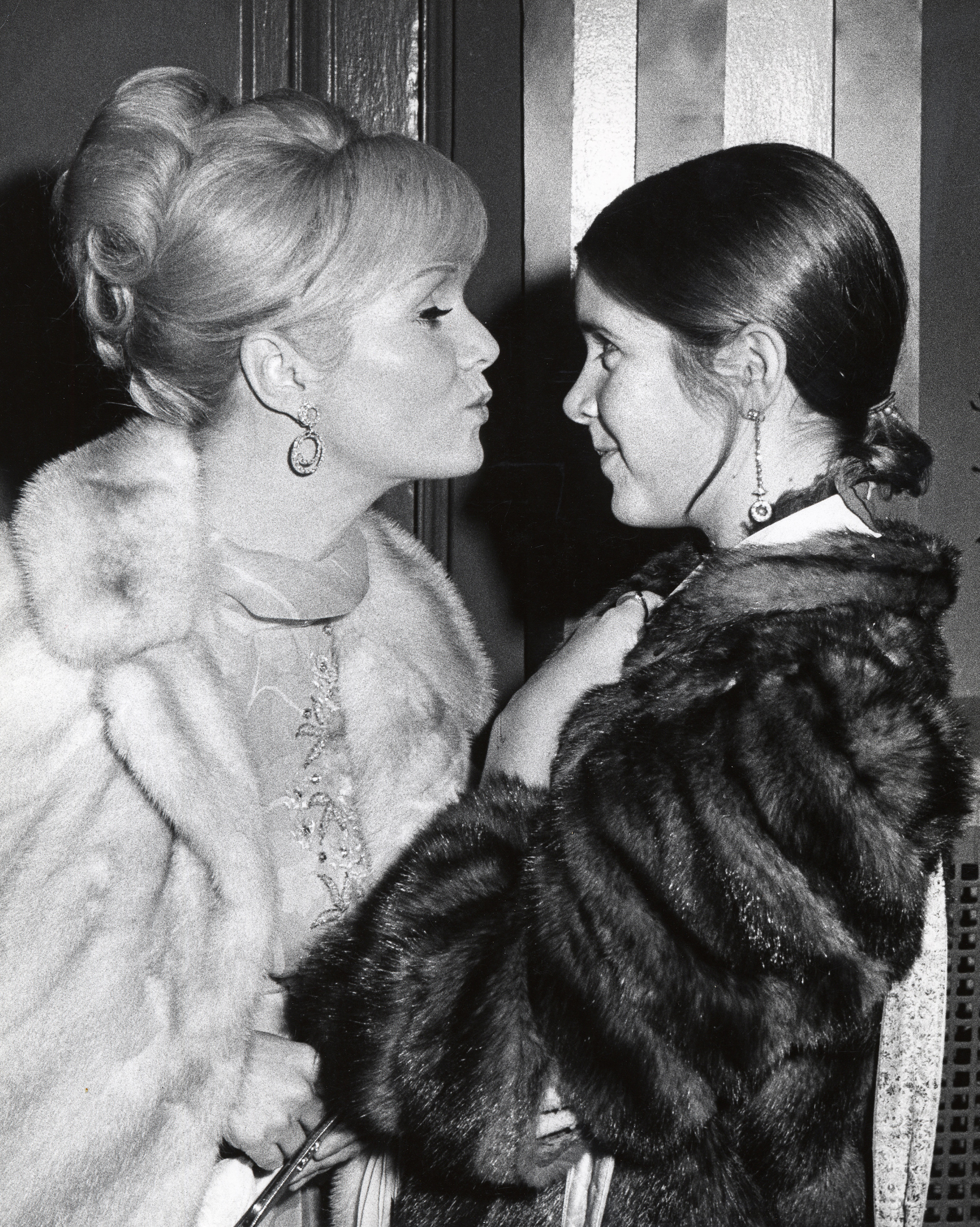Debbie Reynolds and Carrie Fisher at the Town Hall, New York City , November 6, 1972