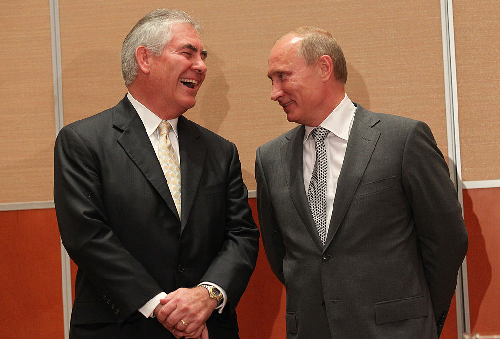 Russian President Vladimir Putin (R) and Rex Tillerson (L) during a signing ceremony for an arctic oil exploration deal between Exxon Mobil and Rosneft on August, 30, 2011 in Sochi, Russia.