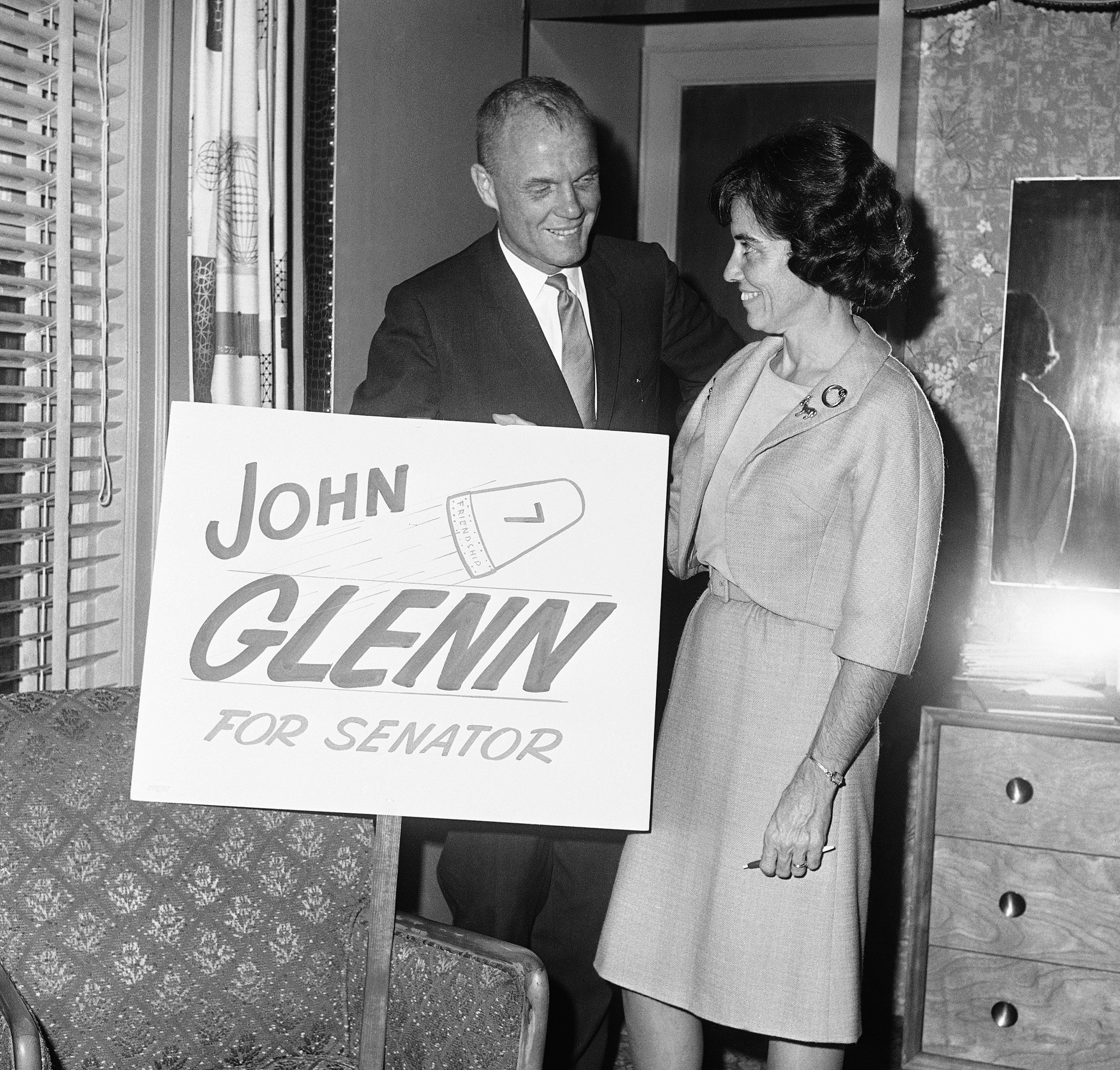 <b>A Bid for the Senate</b> Glenn entered politics in 1964 as a Democrat, campaigning for one of Ohio's Senate seats. A fall in the bathtub that ironically injured his exhaustively tested inner ear would cause him to scrub the campaign.