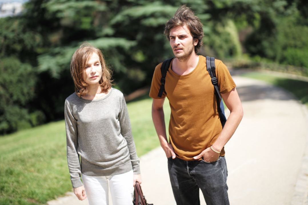 Isabelle Huppert and Roman Kolinka in Things to Come.