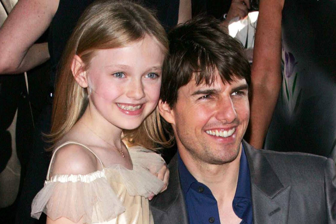 Dakota Fanning and Tom Cruise