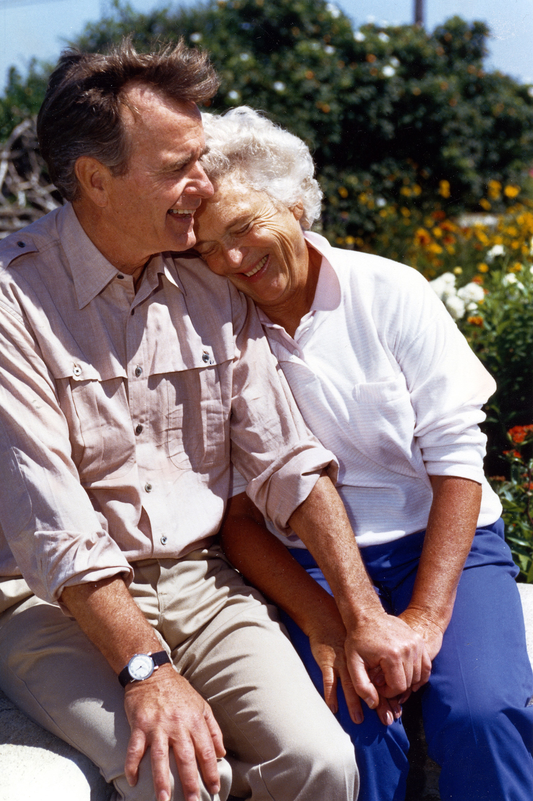 George H.W. Bush and Barbara Bush in Kennebunkport, ME, Aug. 6, 1988.