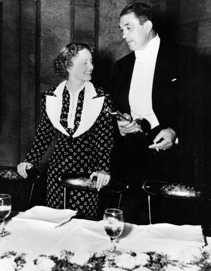 Bette Davis and Victor McLaglen after winning their Oscars at the Academy Awards banquet, 1935.