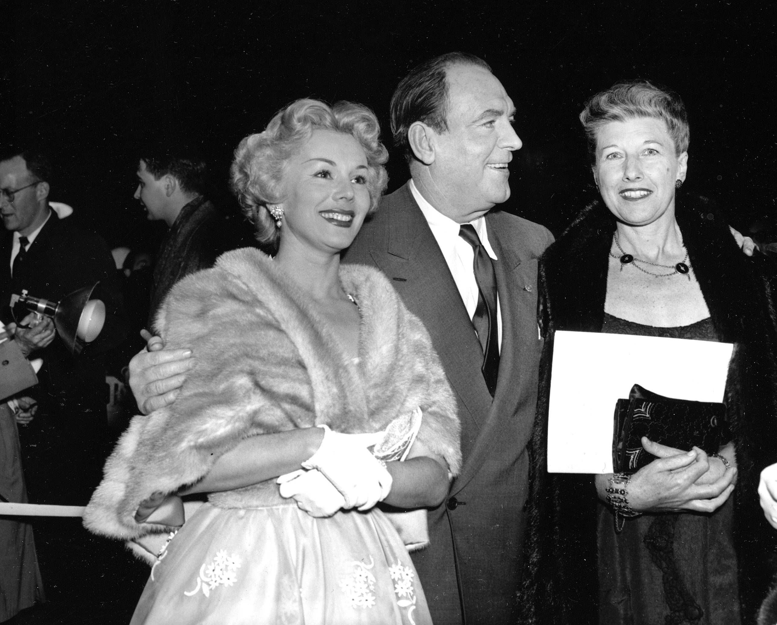 Eva Gabor, Pat O'Brien and Evelyn Karloff attend the eastern part of the telecast of the Academy Awards presentations in New York City, 1953.
