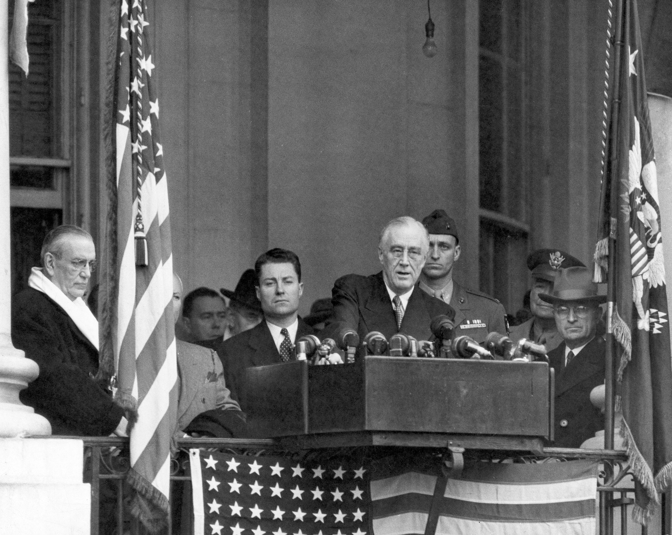 Franklin D. Roosevelt gives his fourth inaugural address, 1945.