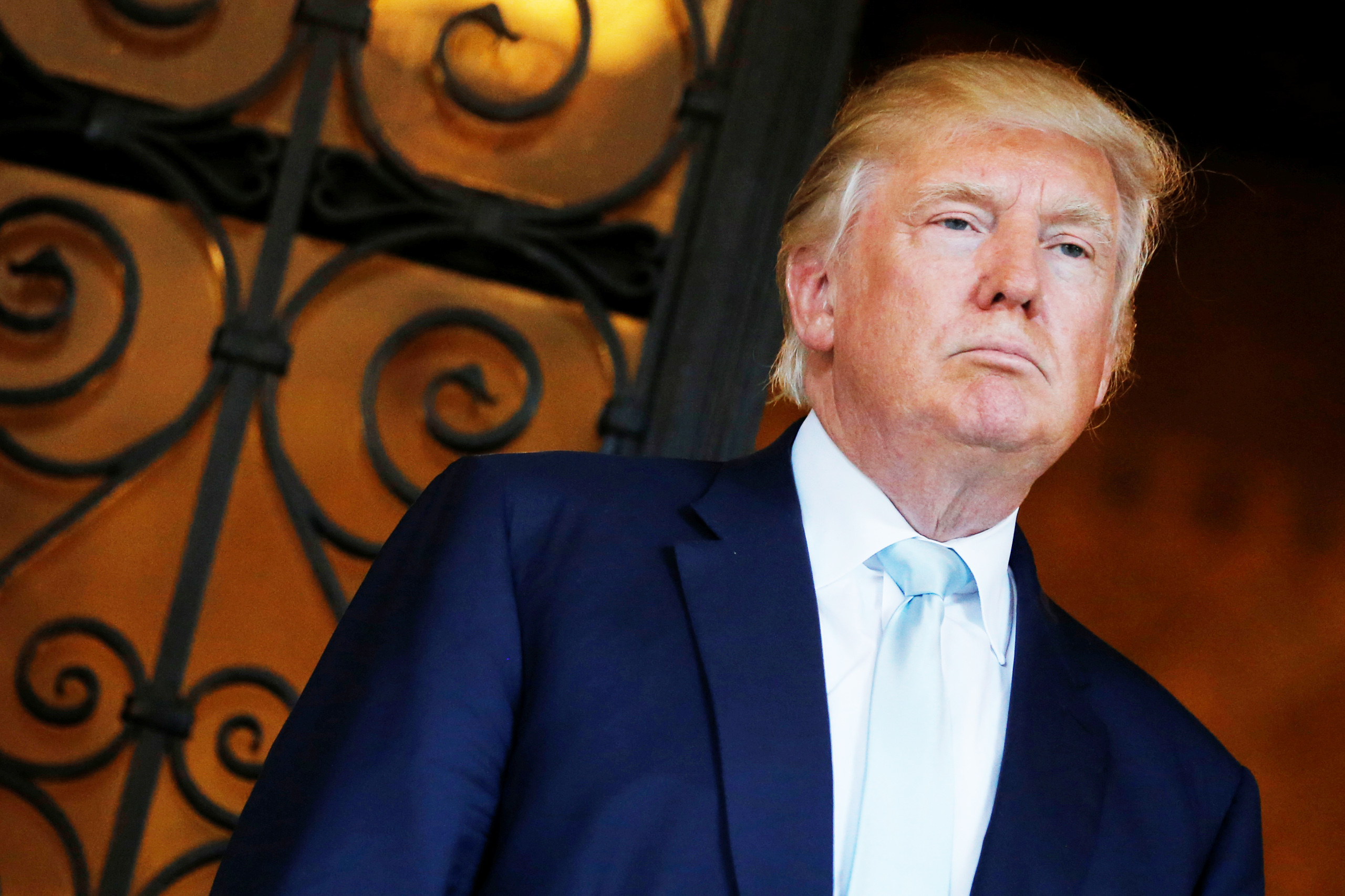 U.S. President-elect Donald Trump delivered brief remarks to reporters at the Mar-a-Lago Club in Palm Beach, Florida, on Dec. 28, 2016.