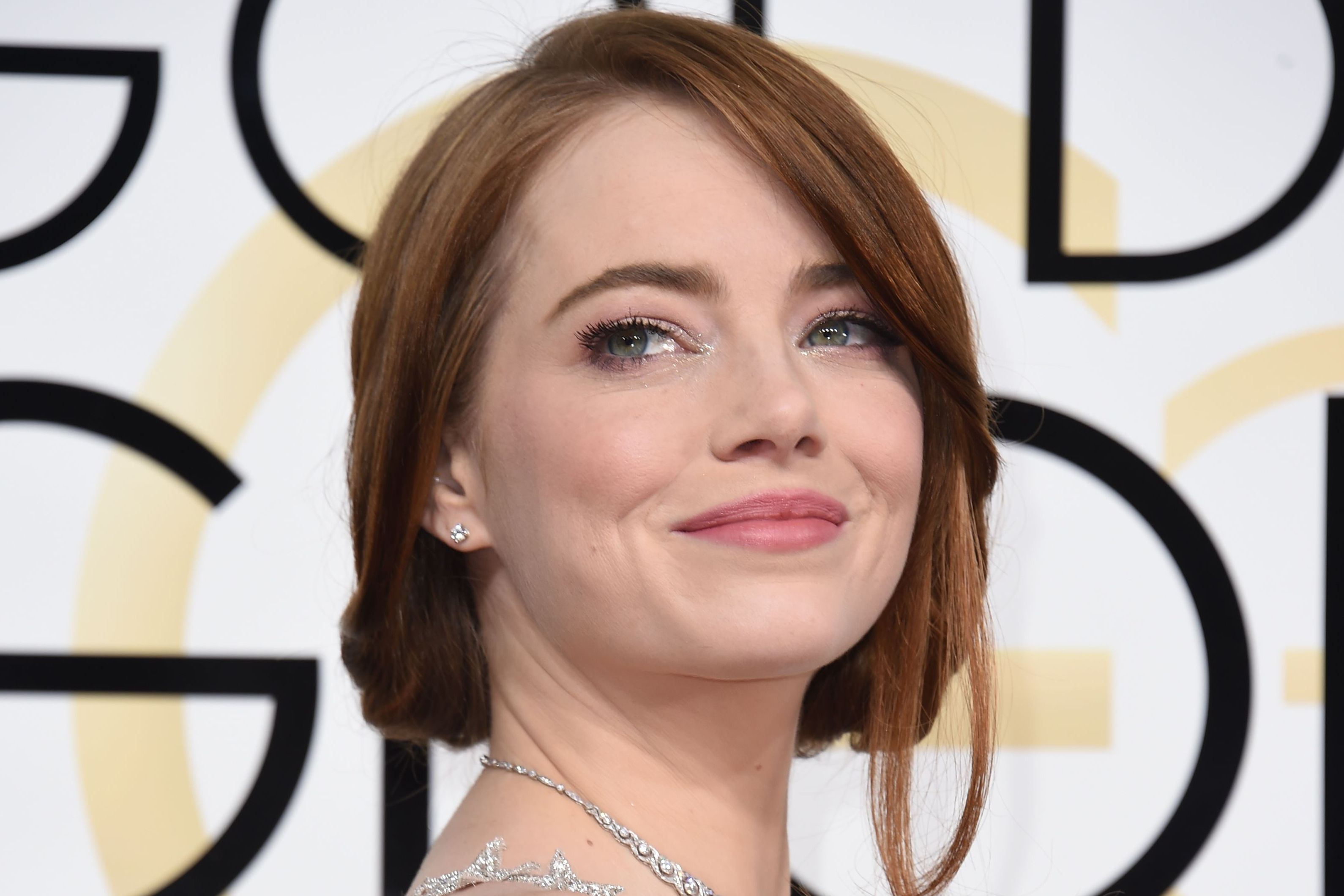 Emma Stone arrives at the 74th annual Golden Globe Awards, on Jan. 8, 2017 in Beverly Hills, Calif.