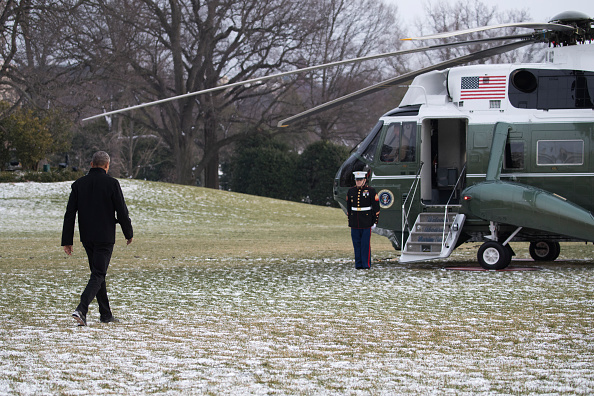 President Barack Obama walks to Marine One on the South Lawn of the White House on January 7, 2017 in Washington, DC.
