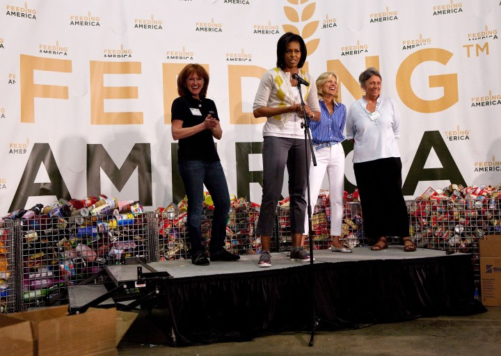 Michelle Obama and Dr. Jill Biden Volunteer for Feeding America