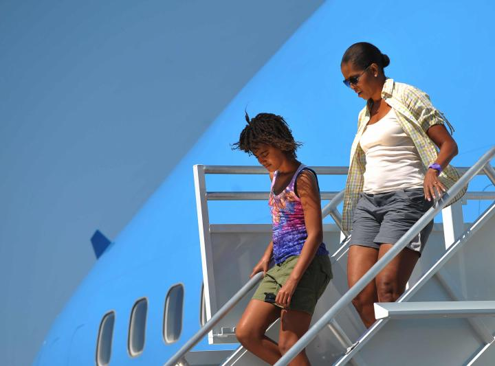 First Lady Michelle Obama and daughter M