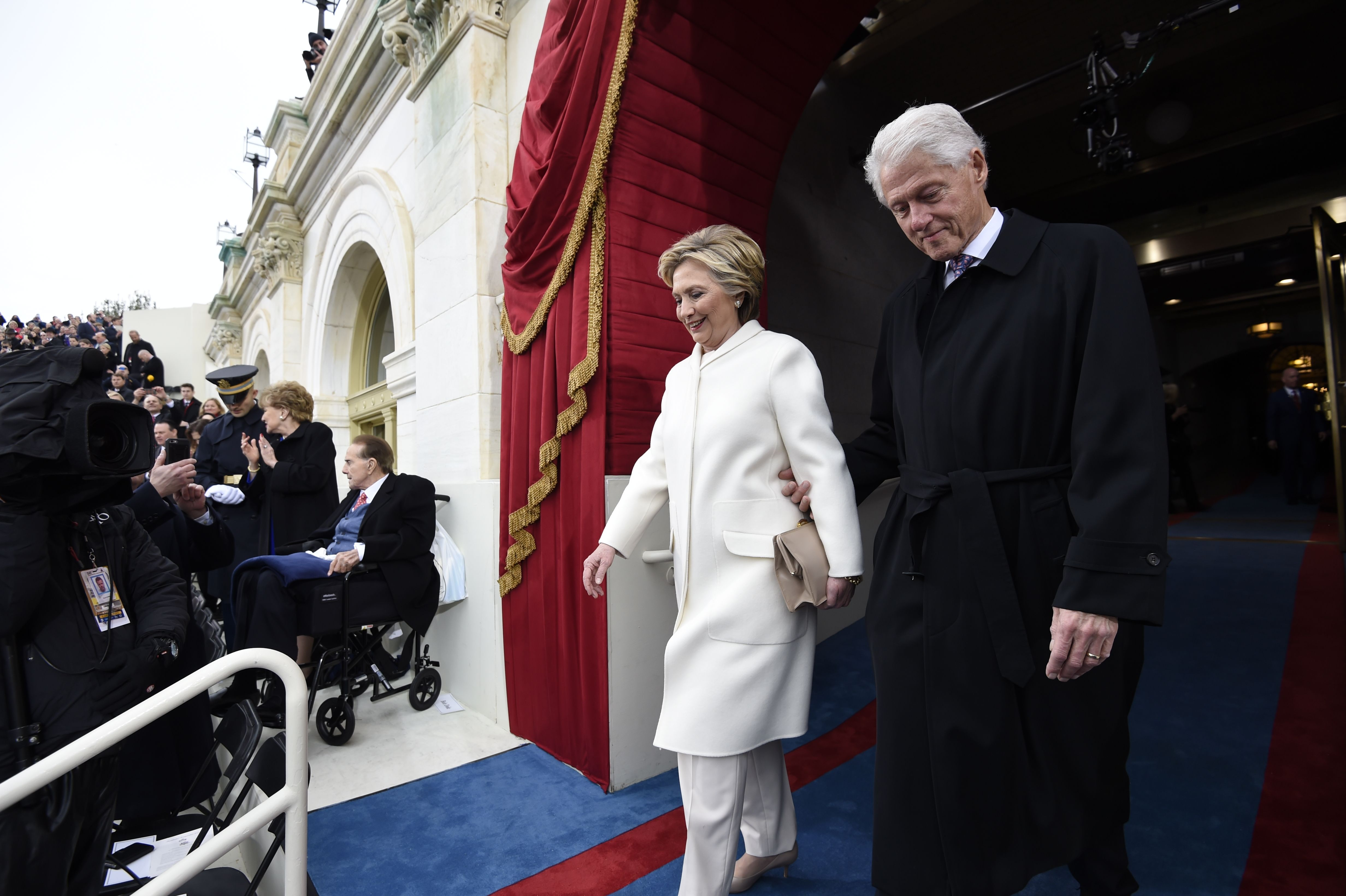 Former US President Bill Clinton and First Lady Hillary Clinton arrive for the Presidential Inauguration of Donald Trump at the US Capitol in Washington, DC, January 20, 2017. / AFP / POOL / SAUL LOEB (Photo credit should read SAUL LOEB/AFP/Getty Images)