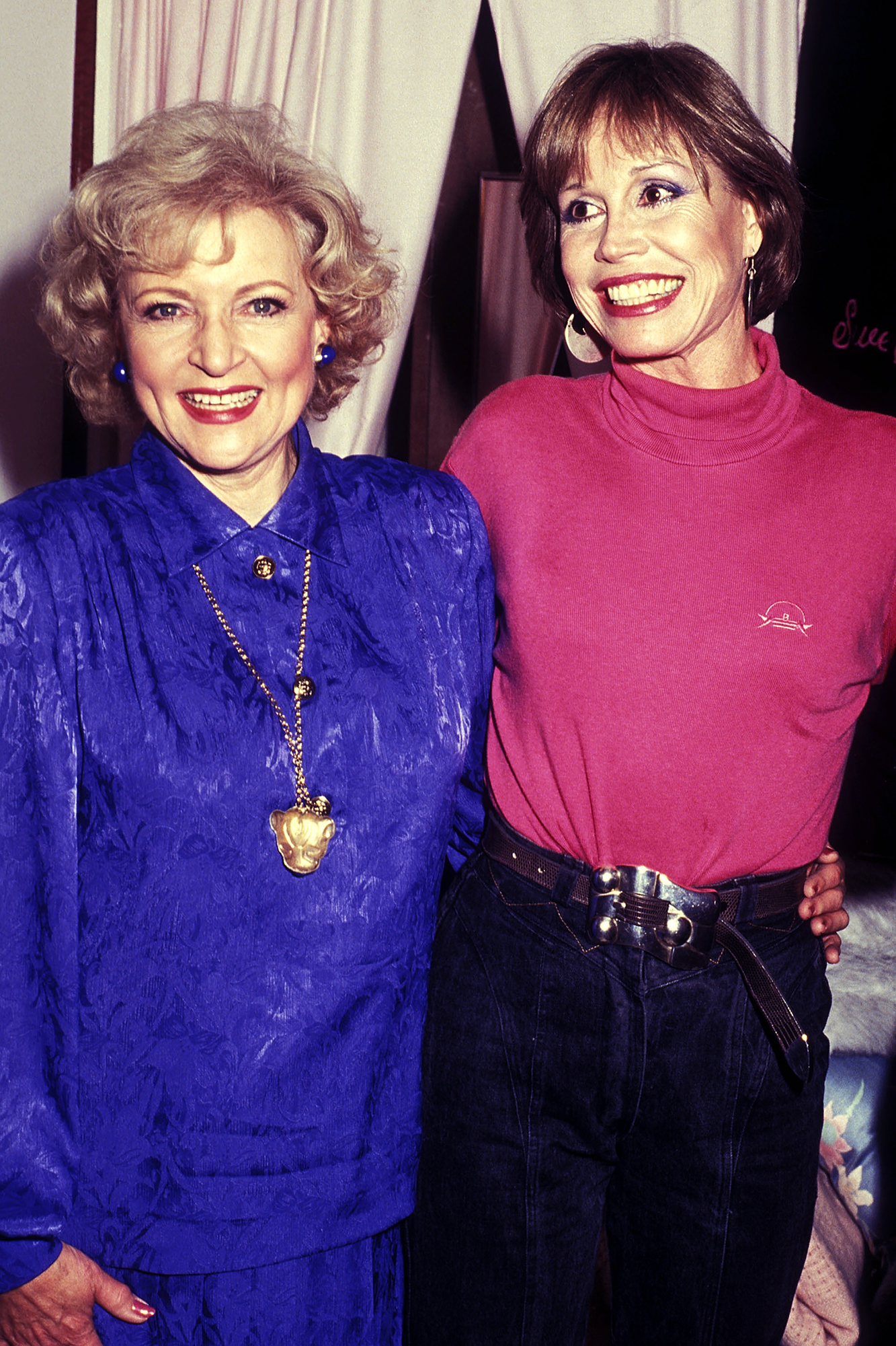 Betty White and Mary Tyler Moore, on Feb. 3, 1987 in New York City.