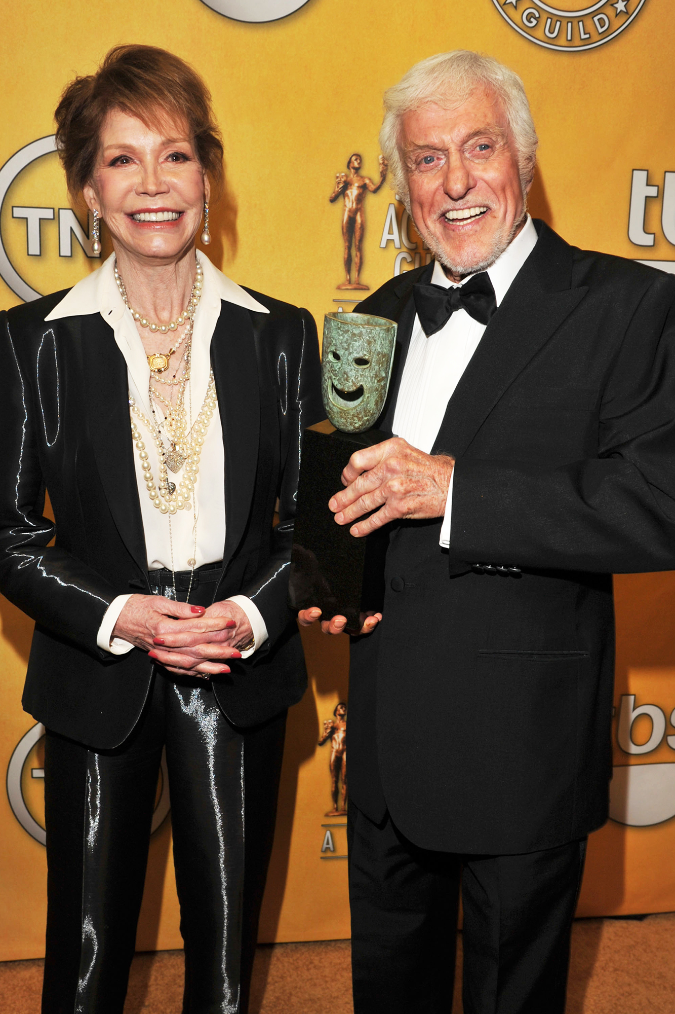 Mary Tyler Moore and Dick Van Dyke attend The 18th Annual Screen Actors Guild Awards, on Jan. 29, 2012 in Los Angeles.