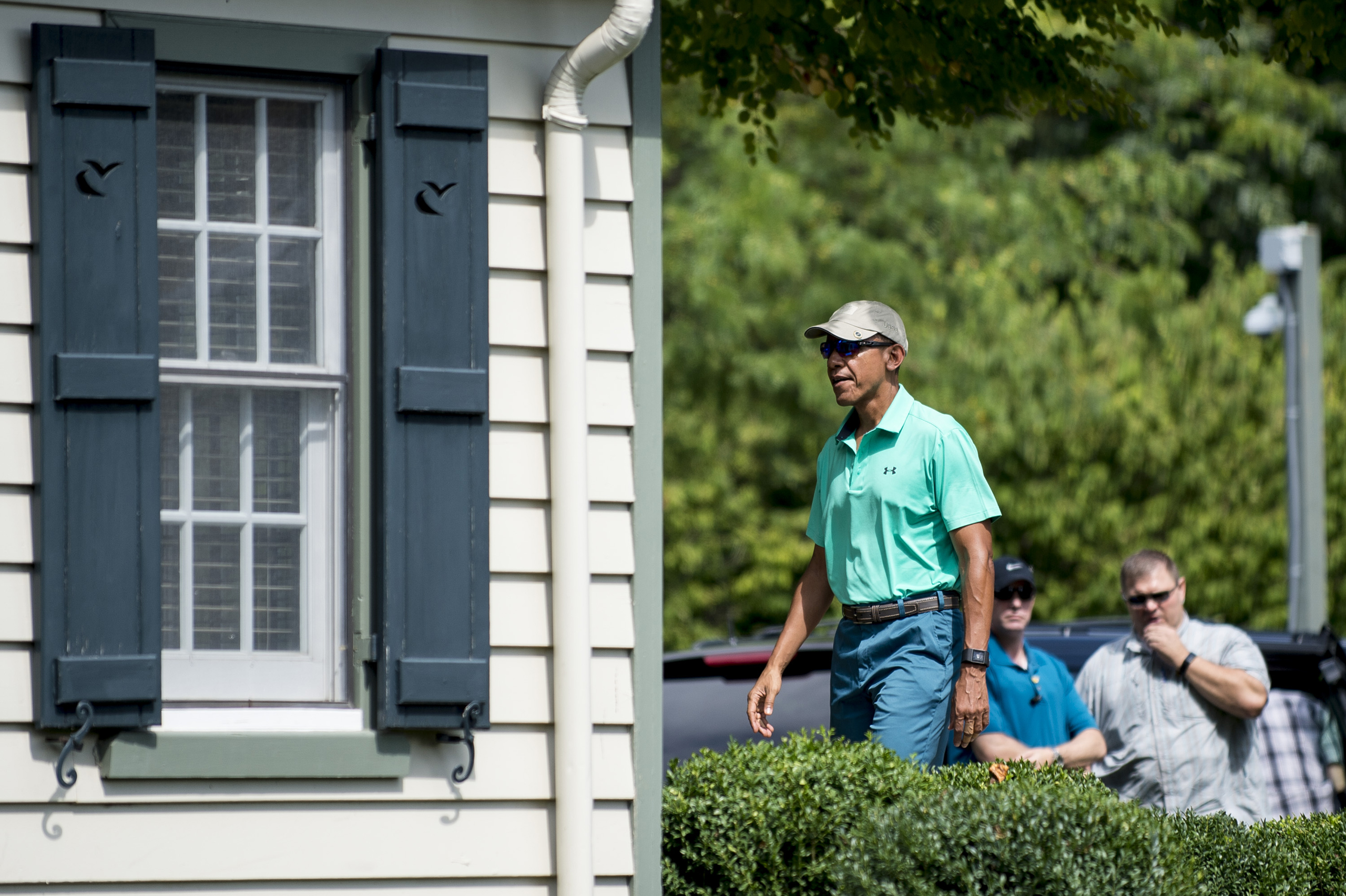 Obama arrives to play a round of golf at Caves Valley Golf Club in Owings Mills, Maryland on Sept. 10, 2016.