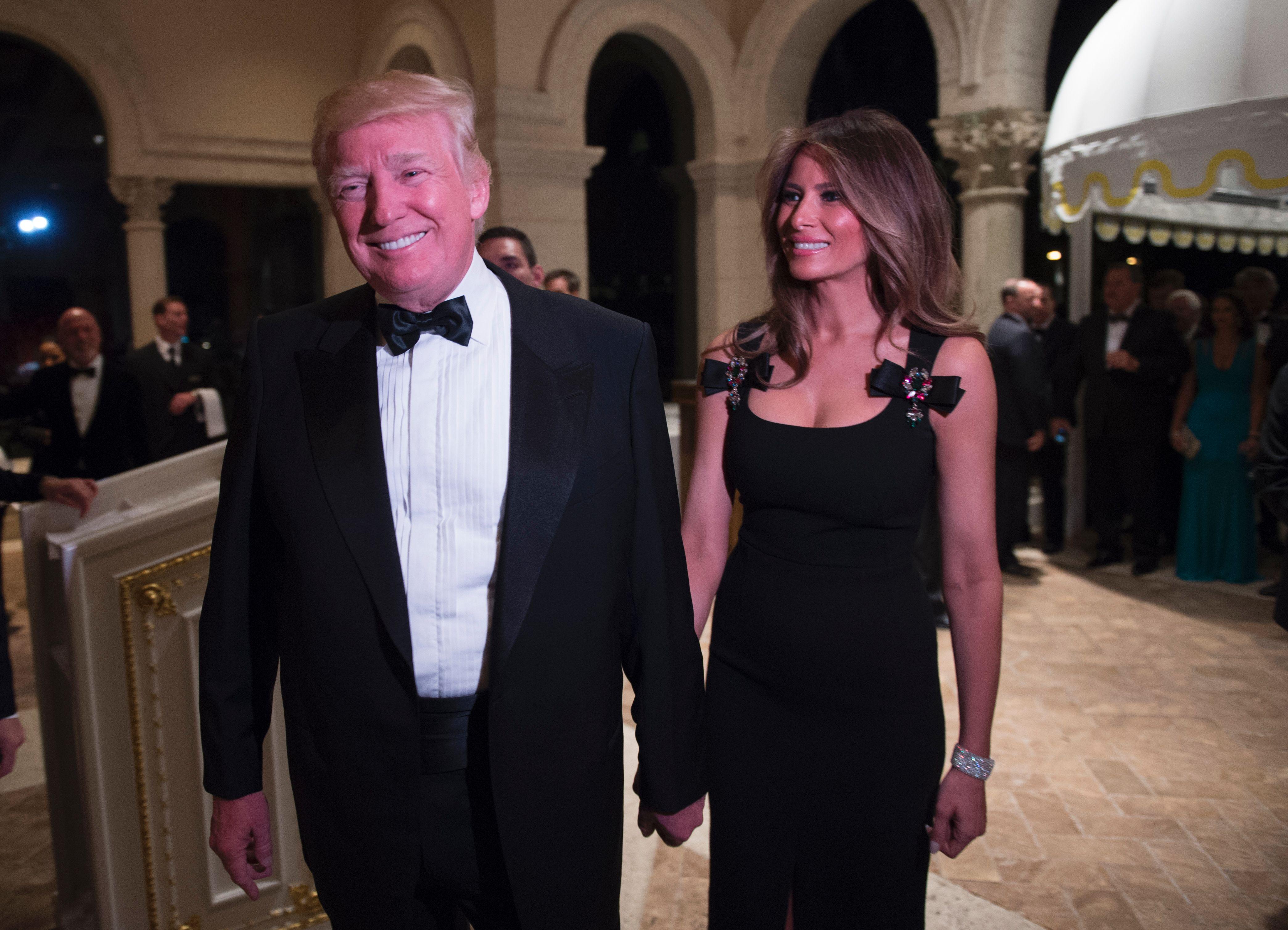 Melania Trump In Dolce Amp Gabbana New Year S Eve Dress Time