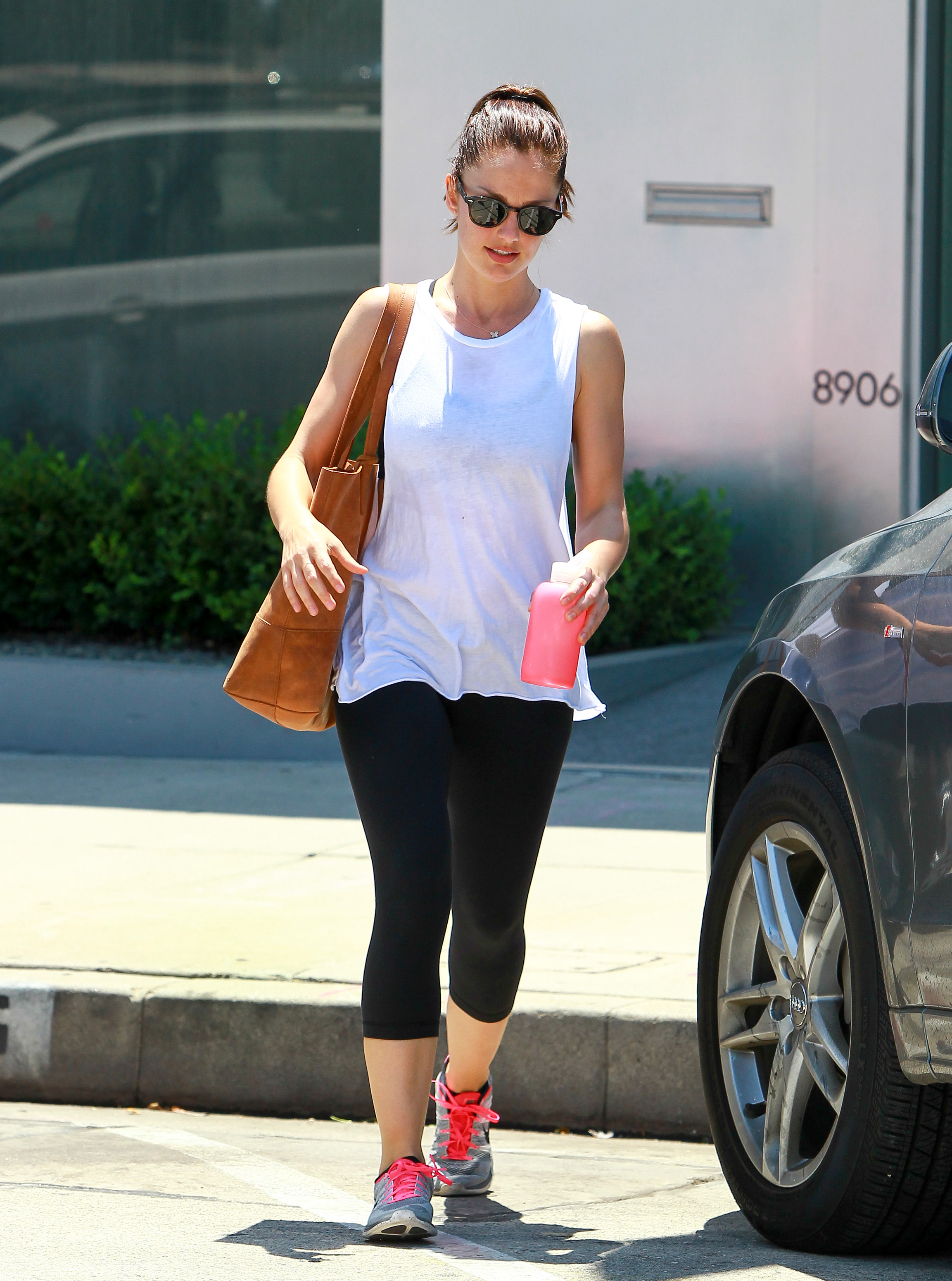 LOS ANGELES, CA - JULY 30: Minka Kelly is seen on July 30, 2014 in Los Angeles, California. (Photo by Bauer-Griffin/GC Images)