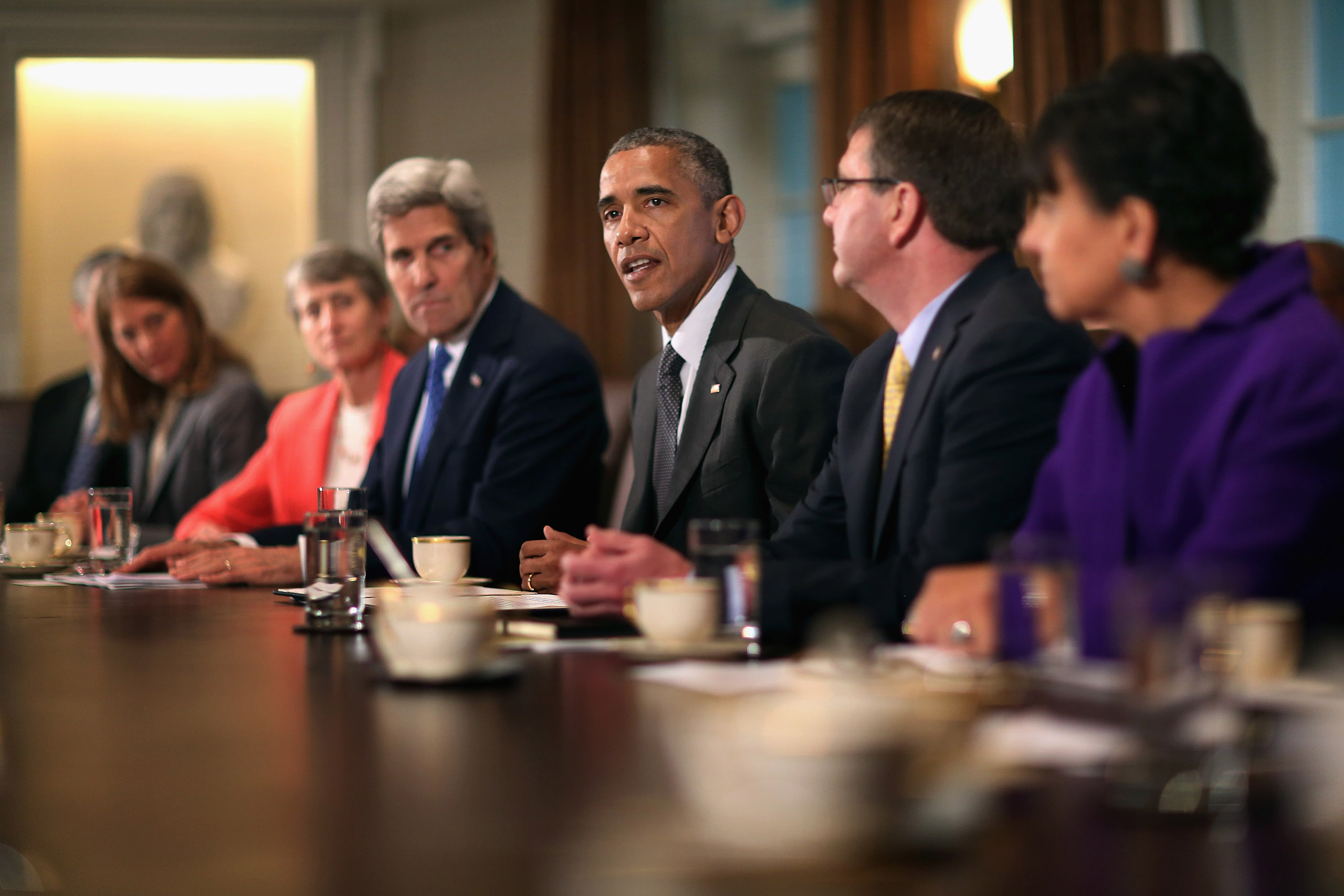 Obama makes a brief statement to the news media during a meeting with his cabinet at the White House on May 21, 2015.