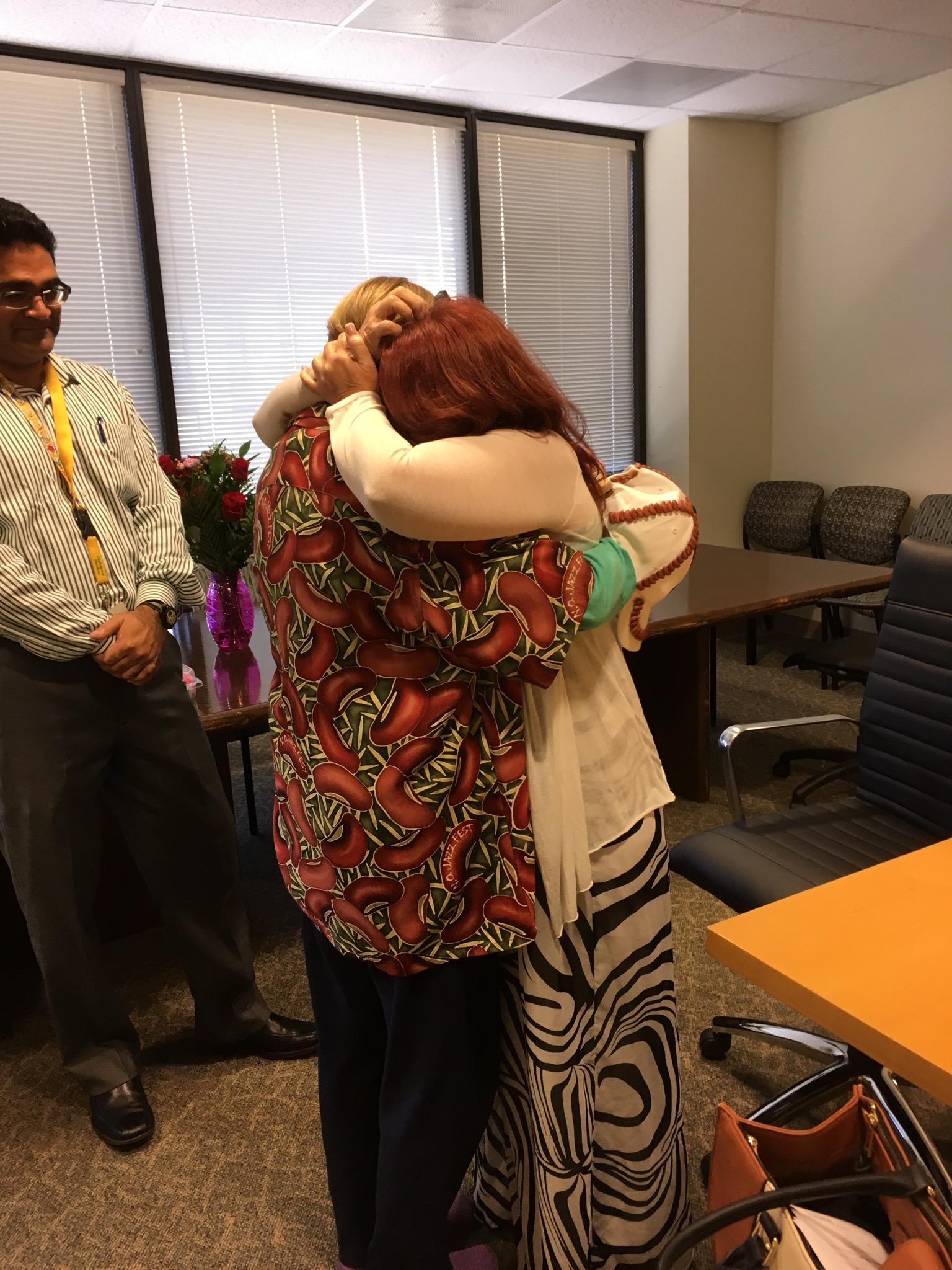 Susan Fredriksen (left), meeting Rhonda, the stranger who received her kidney.