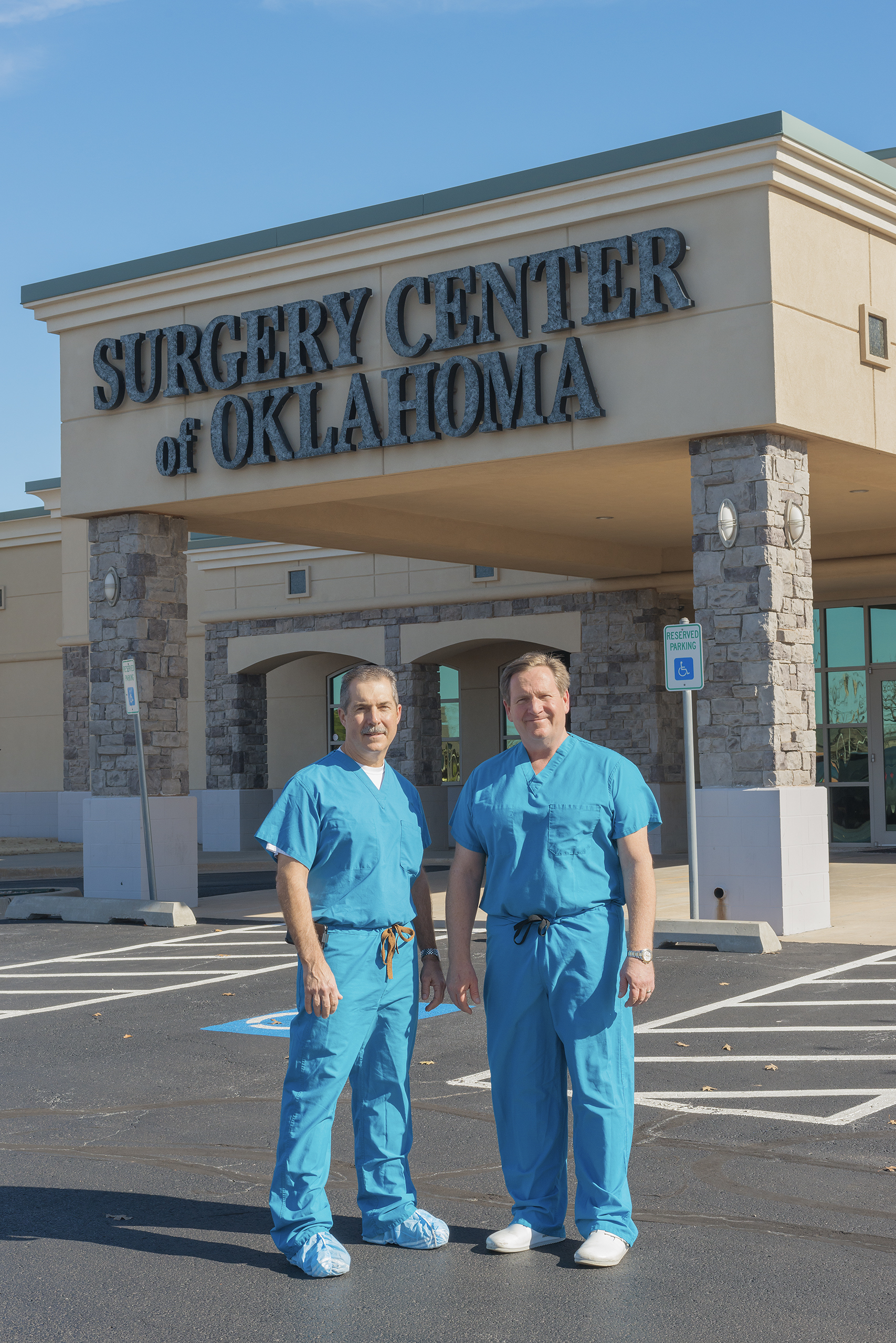 Anesthesiologists Steven Lantier and Keith Smith founded a cash-based medical center in Oklahoma City that posts its prices online.