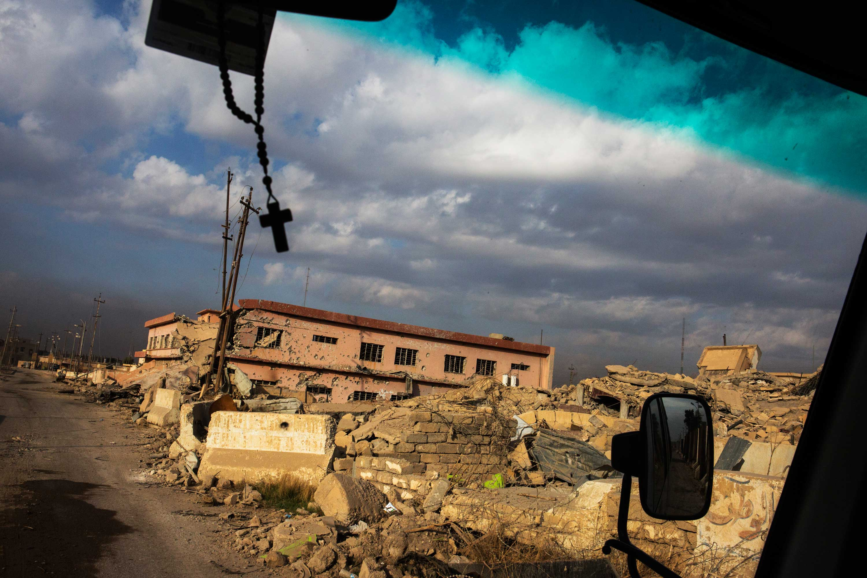 Near the small town of Karmlesh on the road by bus from Erbil to Qaraqosh.