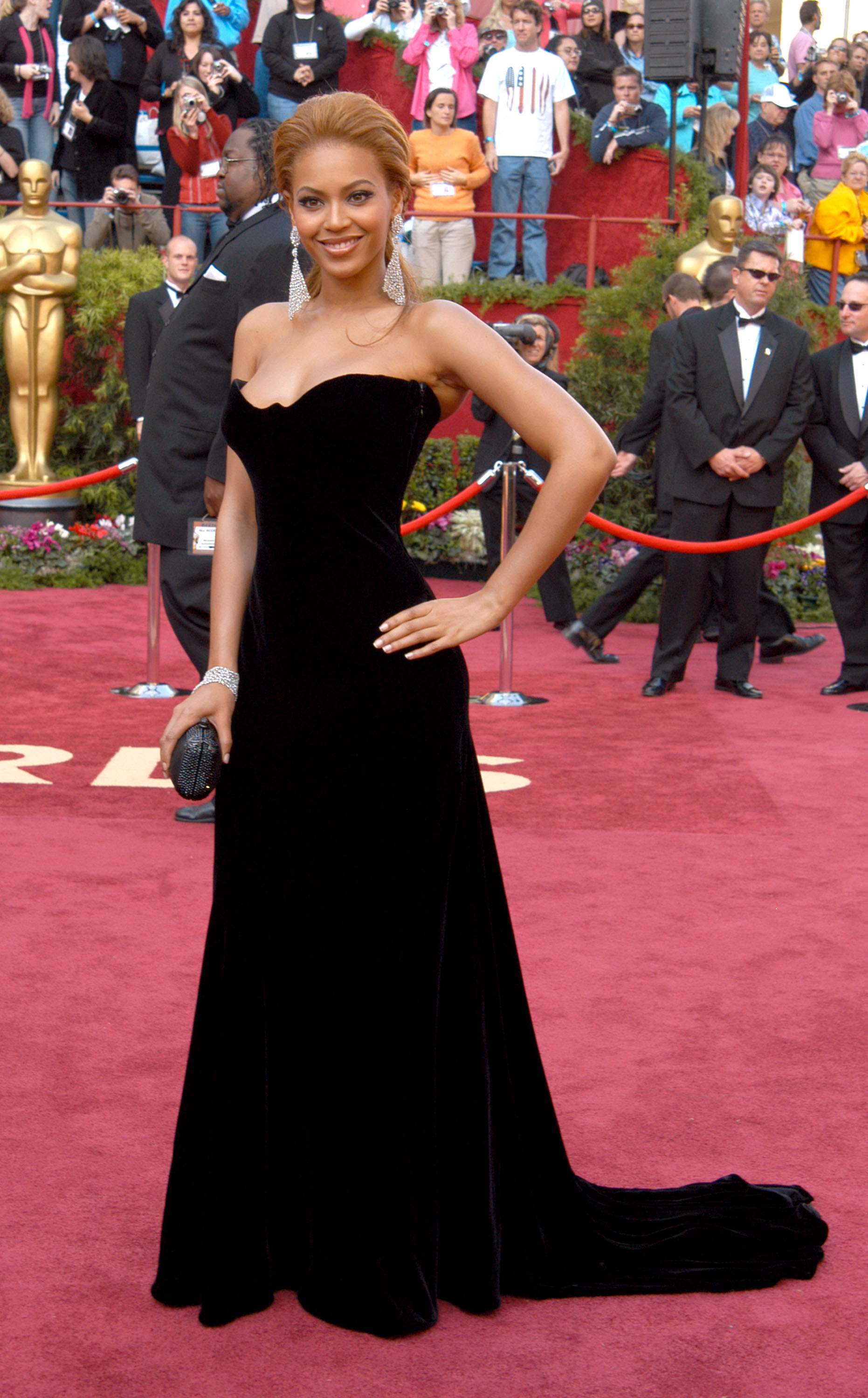 Beyonce during The 77th Annual Academy Awards - Arrivals at Kodak Theatre in Hollywood, California, United States. (Photo by Ron Galella/WireImage)