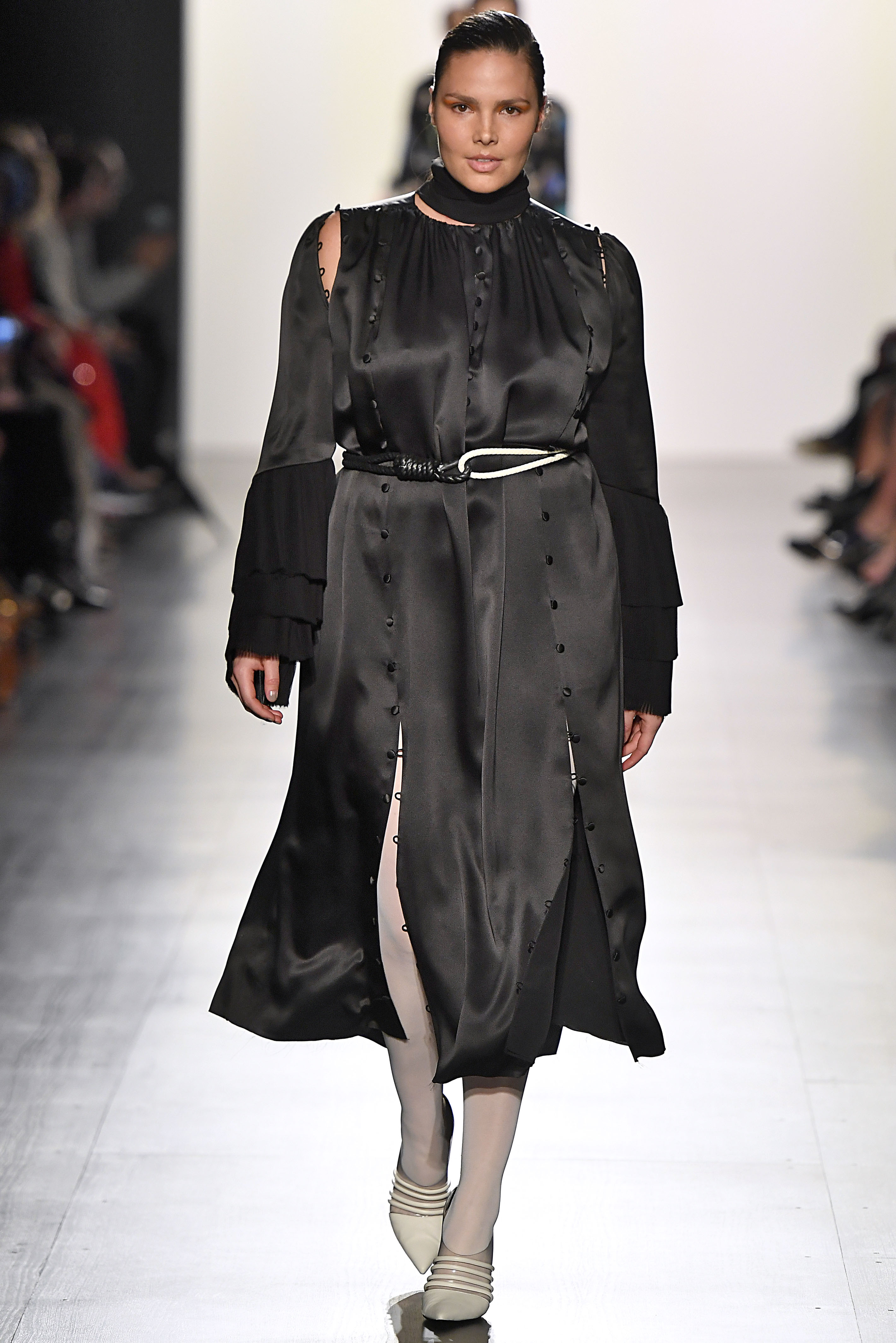 NEW YORK, NY - FEBRUARY 12: Candice Huffine walks the runway at the Prabal Gurung fashion show during New York Fashion Week Fall Winter 2017-2018 on February 12, 2017 in New York City. (Photo by Victor VIRGILE/Gamma-Rapho via Getty Images)