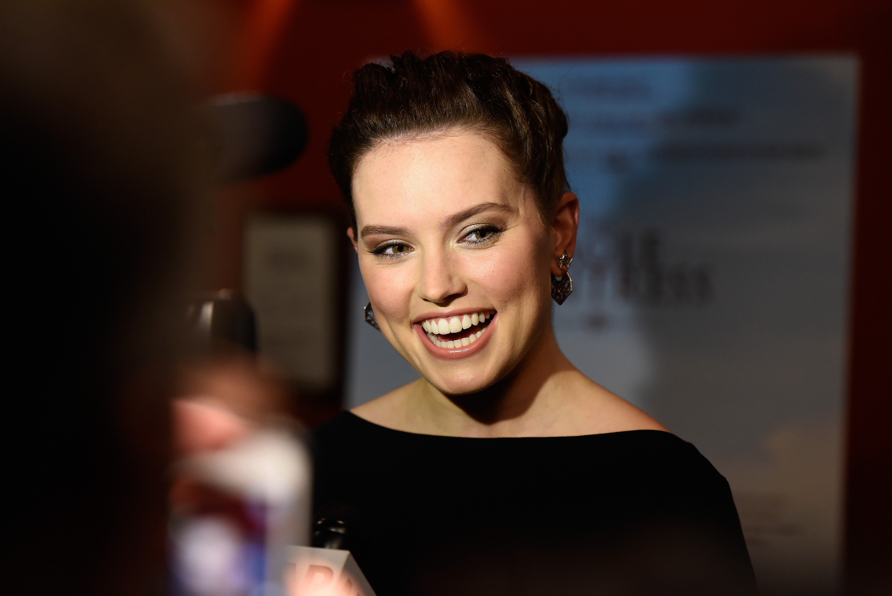 NEW YORK, NY - OCTOBER 20:  Executive Producer Daisy Ridley attends  The Eagle Huntress  screening at Landmark Sunshine Cinema on October 20, 2016 in New York City.  (Photo by Matthew Eisman/Getty Images)