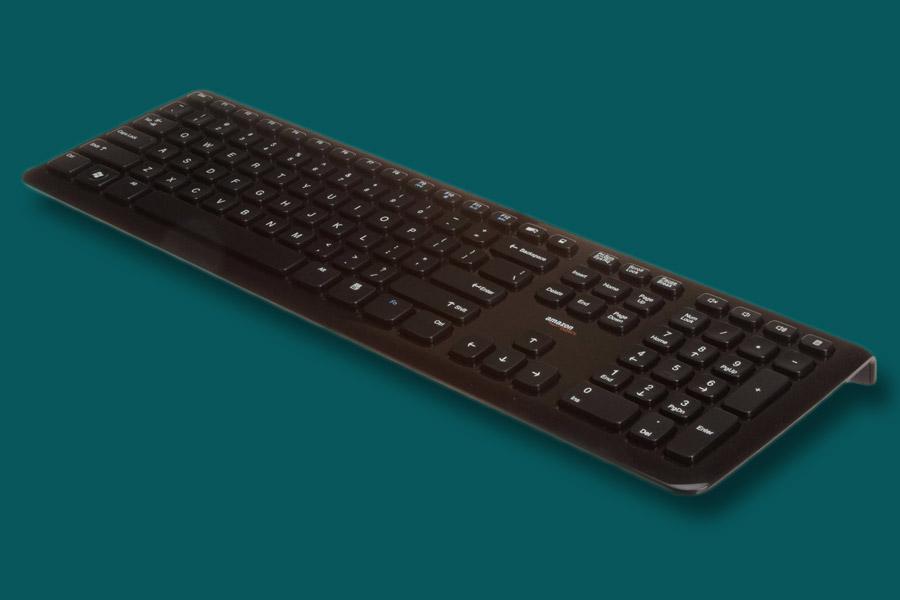 AmazonBasics Wired Keyboard