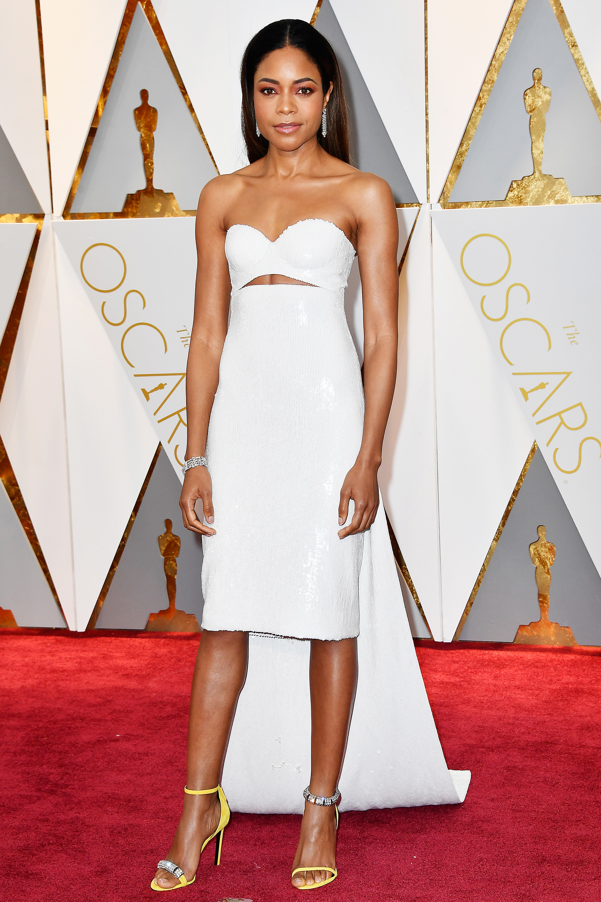 Naomie Harris on the red carpet for the 89th Oscars, on Feb. 26, 2017 in Hollywood, Calif.