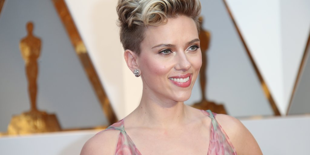 Oscars 2017 Scarlett Johansson Scolded By Samuel L Jackson Time