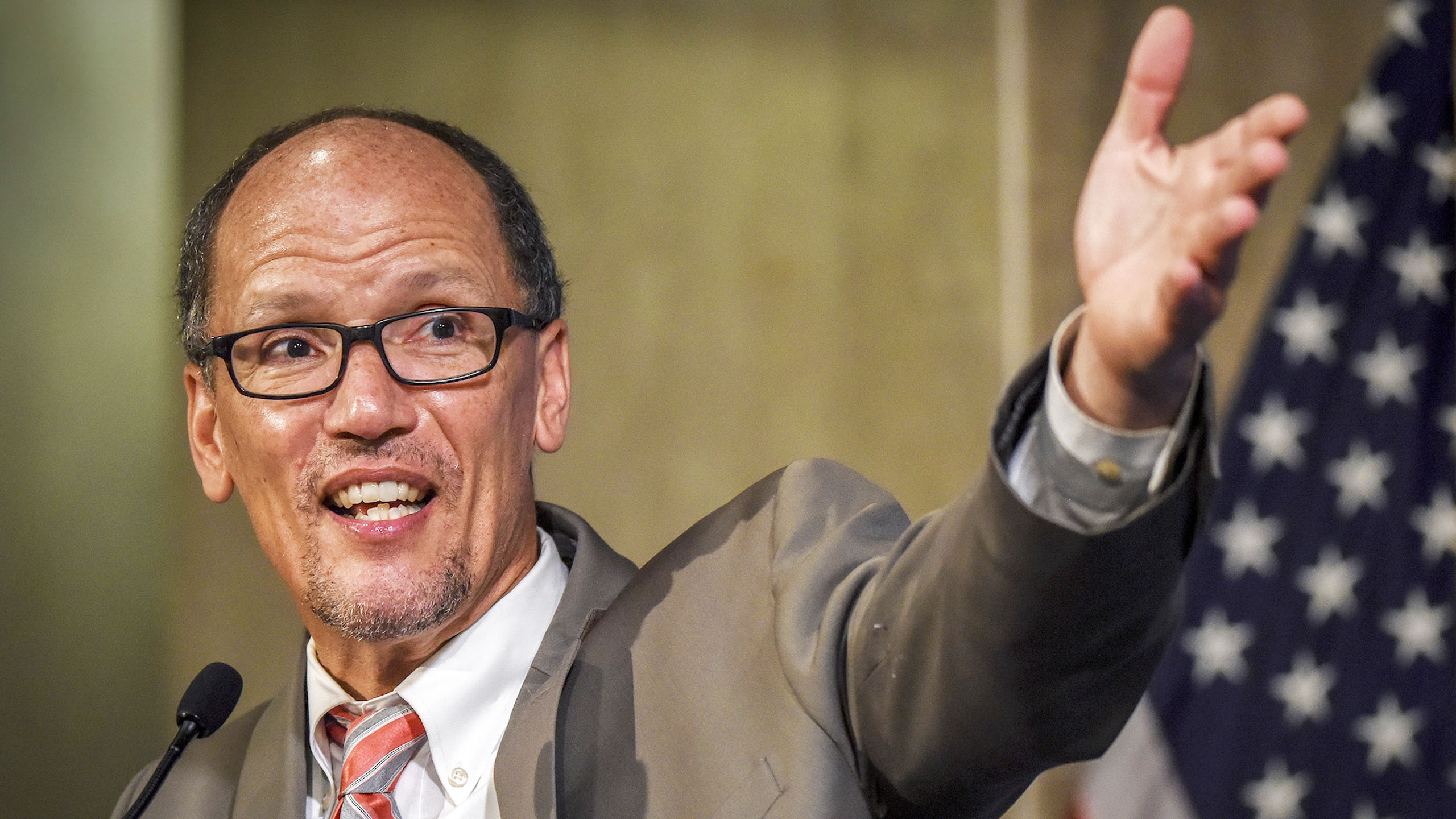 Tom Perez addresses a women's summit at the Department of Labor  in Washington, DC on June 15, 2016.