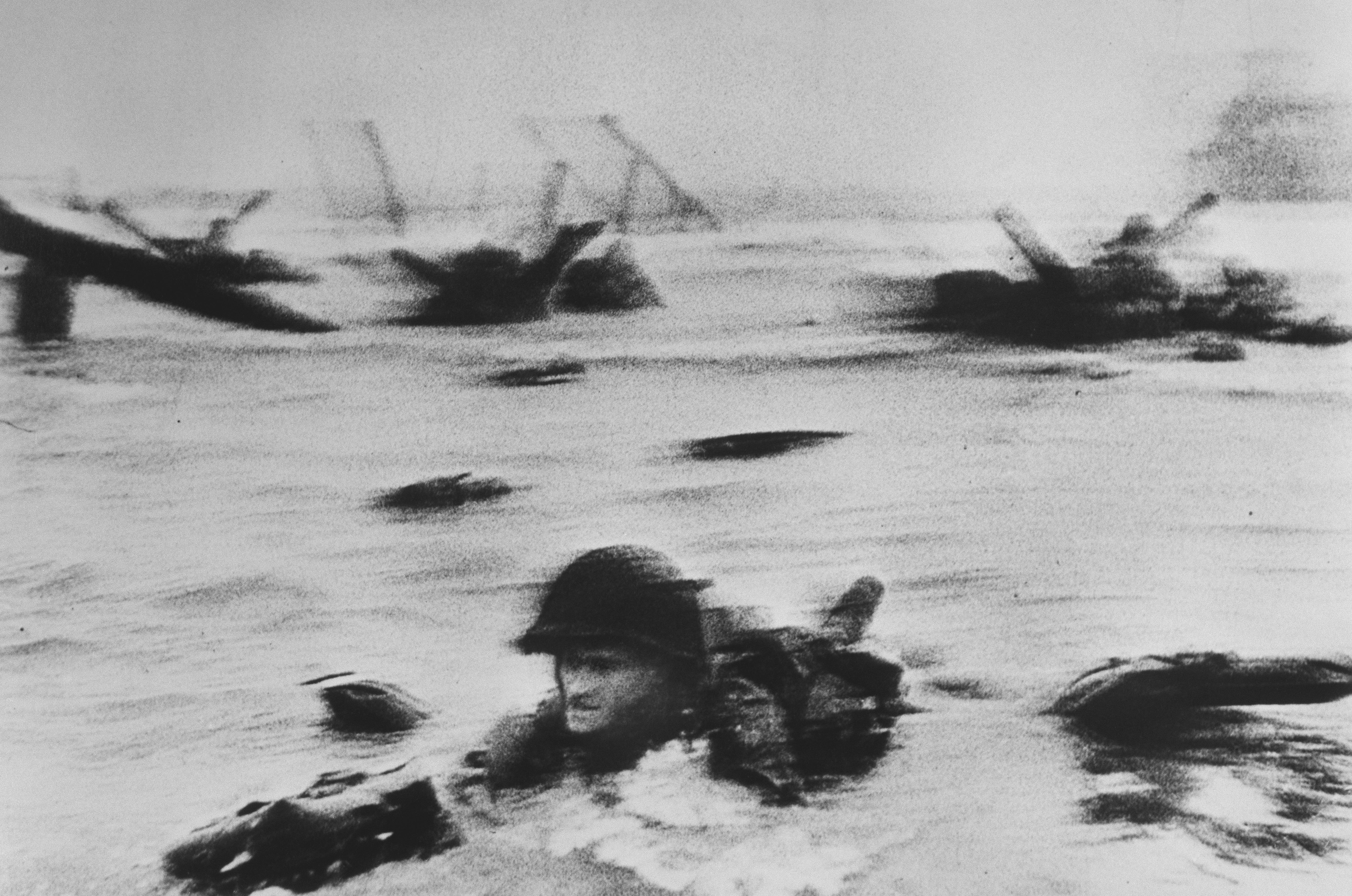 [American troops landing on Omaha Beach, D-Day, Normandy, France], June 6th, 1944
