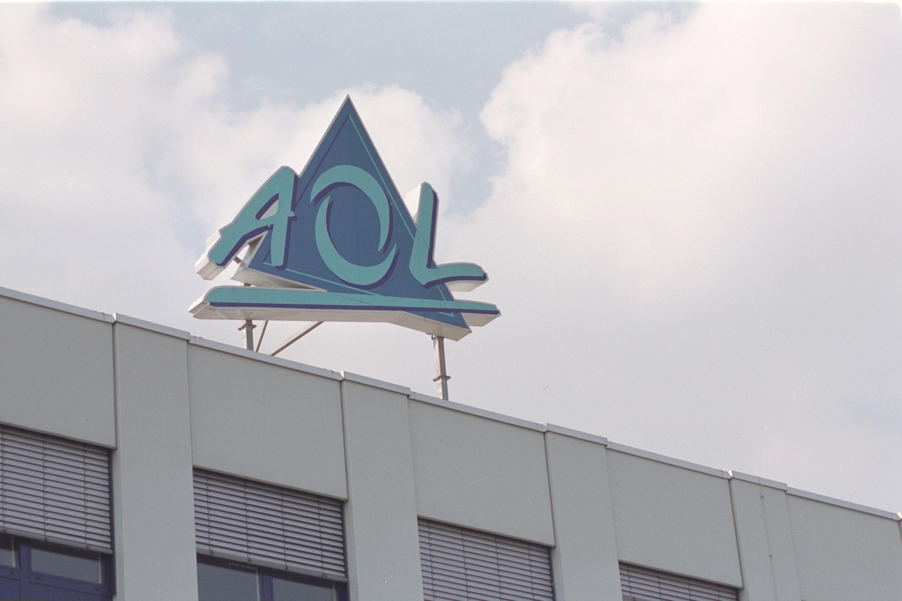 AOL / Logo