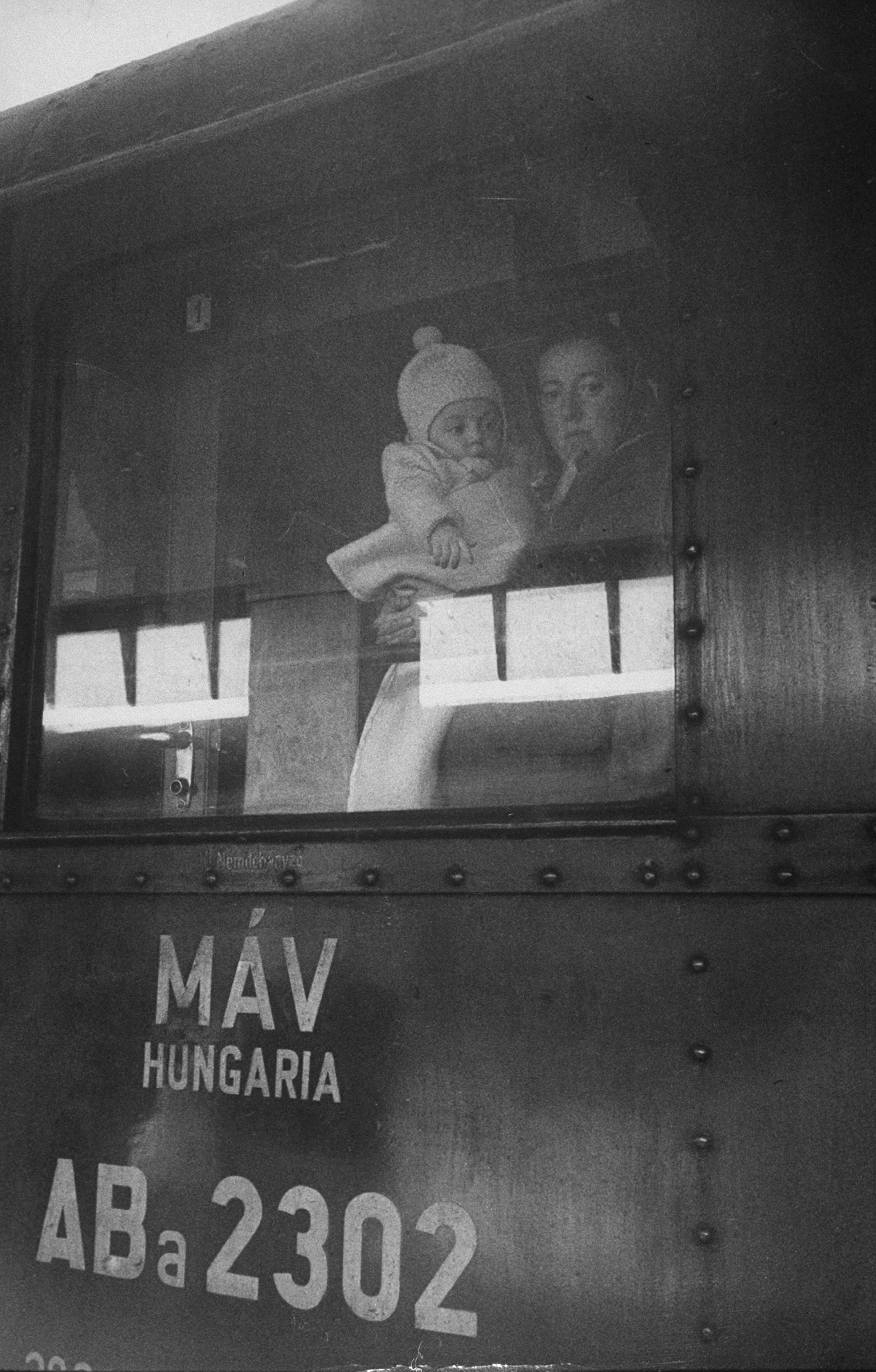 A view of Romanian Jews migrating to Israel, 1959.