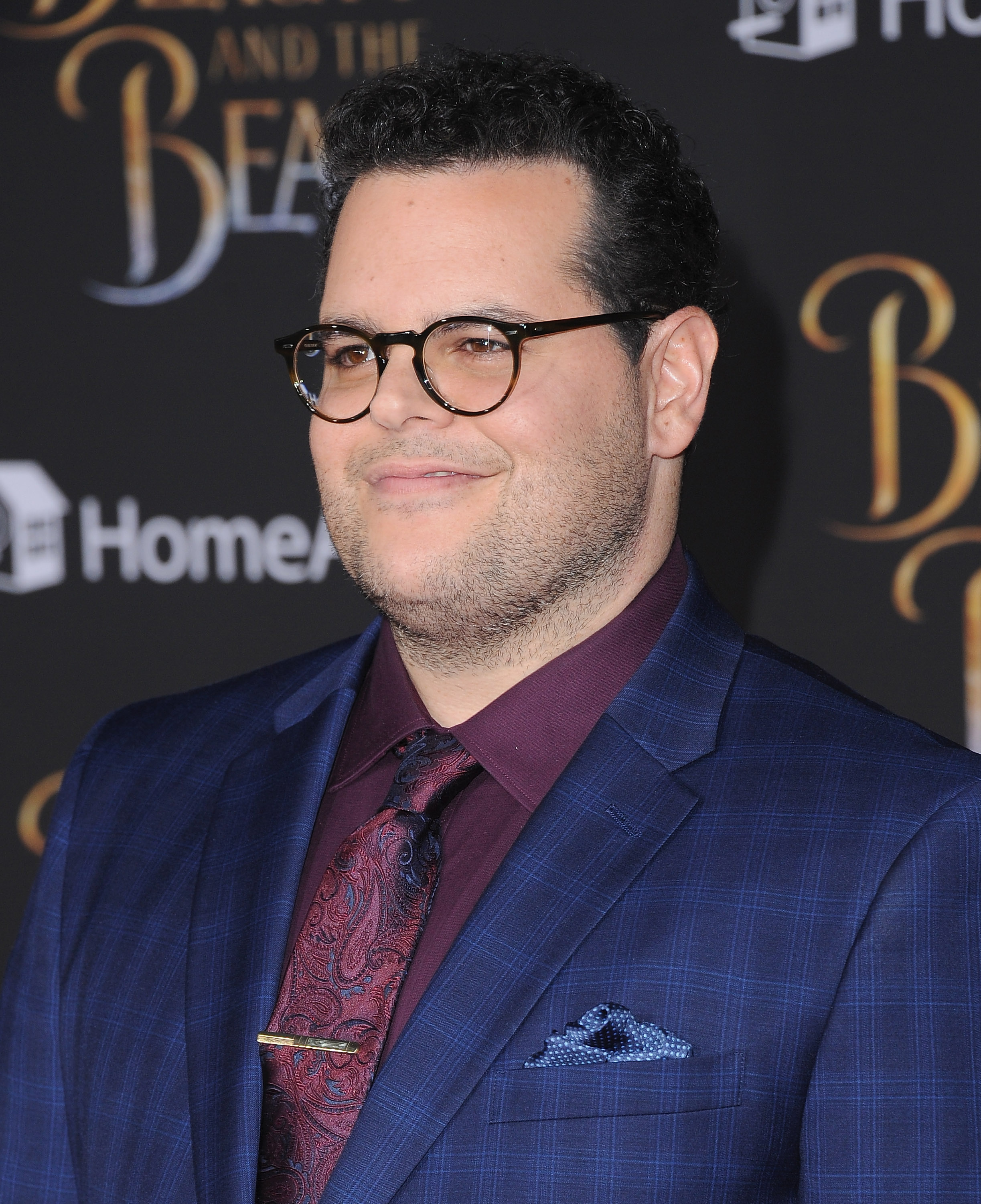 Actor Josh Gad arrives at the Los Angeles Premiere  Beauty And The Beast  at El Capitan Theatre on March 2, 2017 in Los Angeles, California.