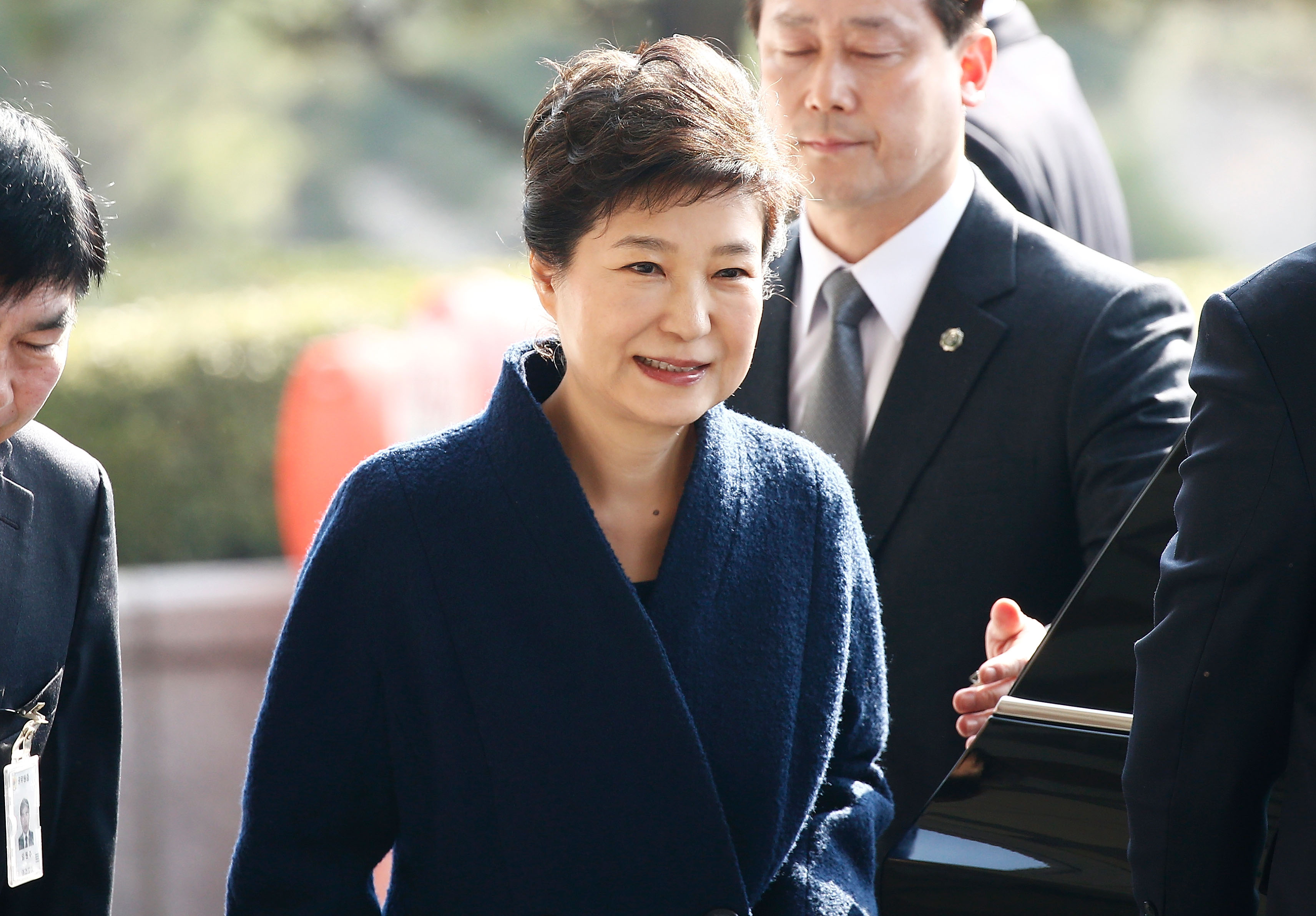 Former President Park Geun-hye arrives at the Seoul Central District Prosecutors' Office on March 21, 2017, in Seoul